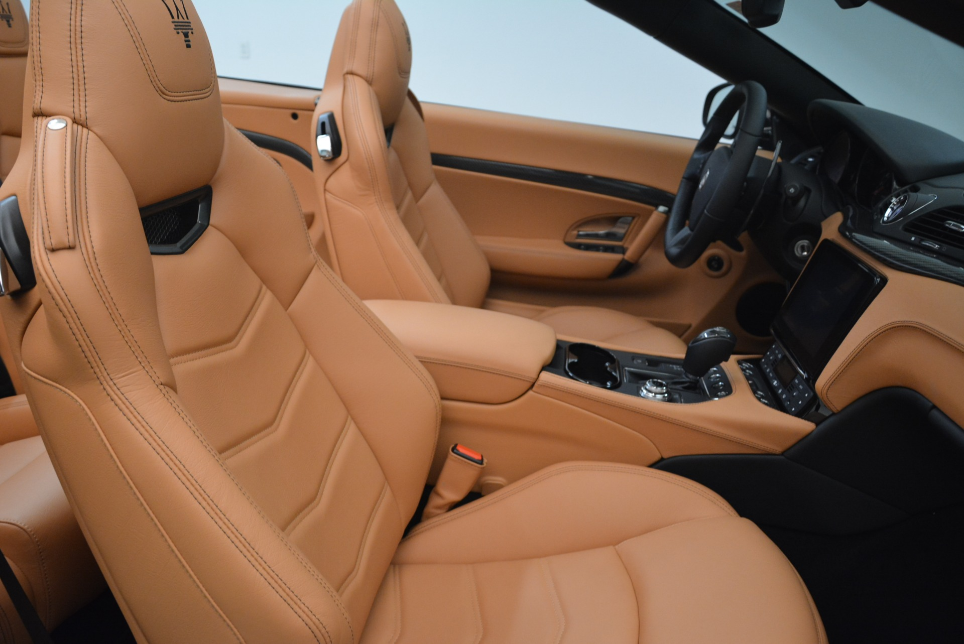 New 2018 Maserati GranTurismo MC Convertible For Sale In Greenwich, CT. Alfa Romeo of Greenwich, M2041 1973_p33