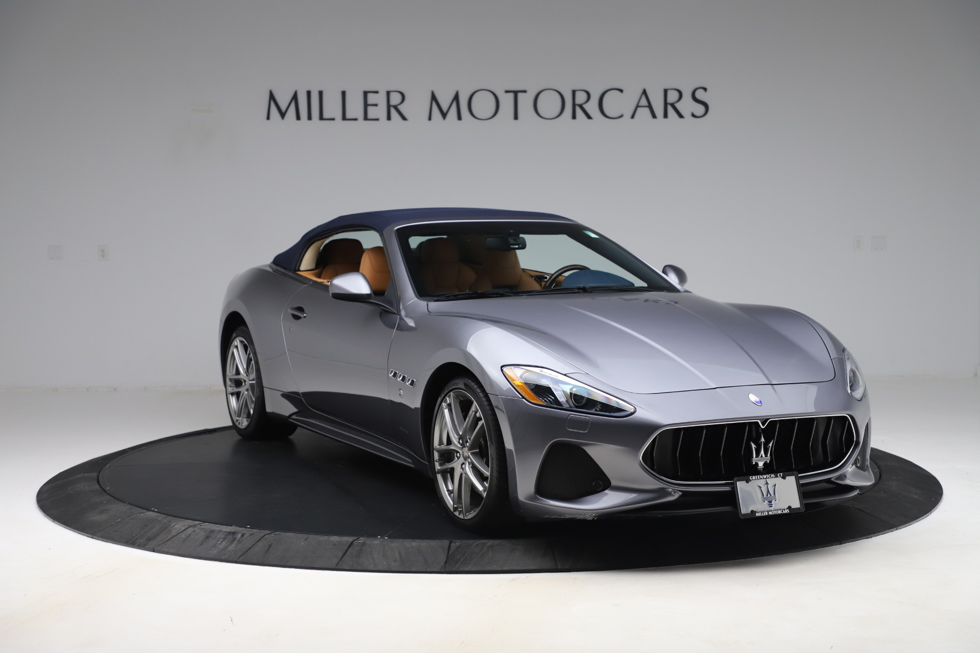 New 2018 Maserati GranTurismo Sport Convertible For Sale In Greenwich, CT. Alfa Romeo of Greenwich, W562 1977_p13