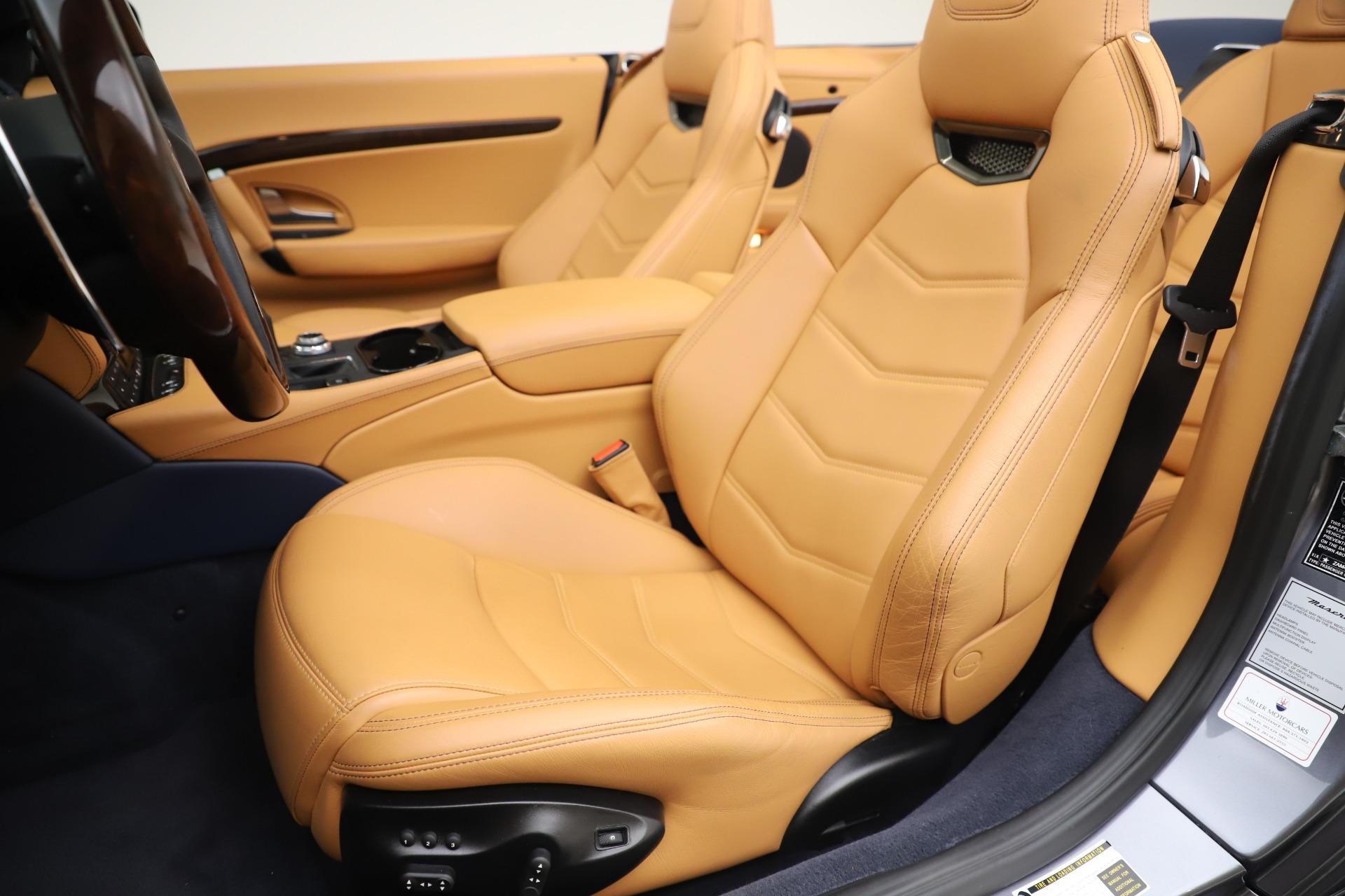 New 2018 Maserati GranTurismo Sport Convertible For Sale In Greenwich, CT. Alfa Romeo of Greenwich, W562 1977_p21