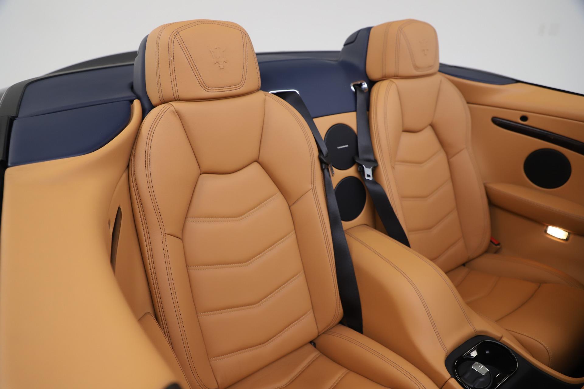 New 2018 Maserati GranTurismo Sport Convertible For Sale In Greenwich, CT. Alfa Romeo of Greenwich, W562 1977_p30