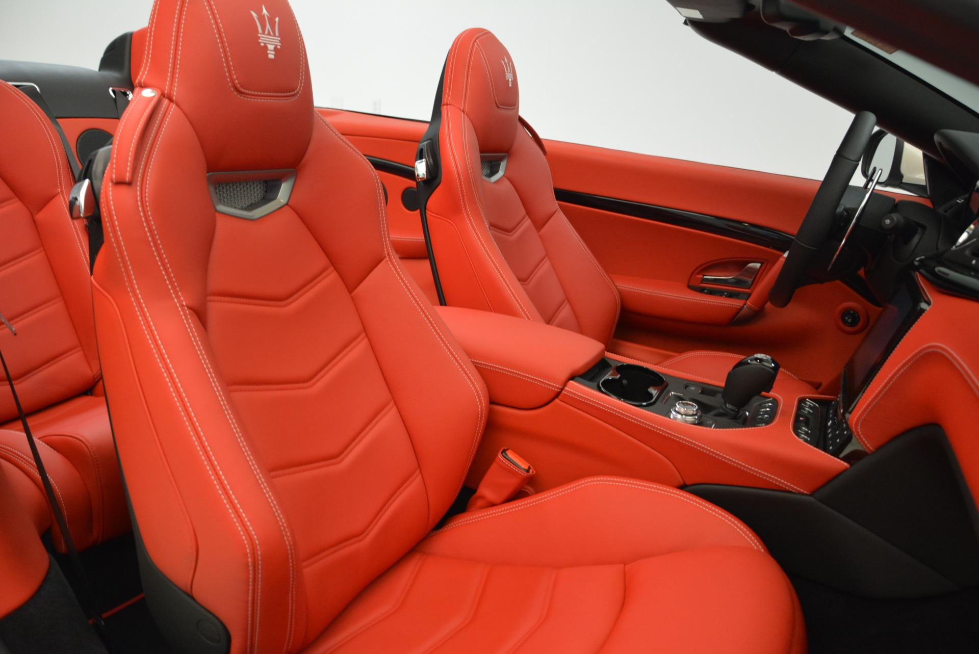 New 2018 Maserati GranTurismo Sport Convertible For Sale In Greenwich, CT. Alfa Romeo of Greenwich, M2036 1979_p32