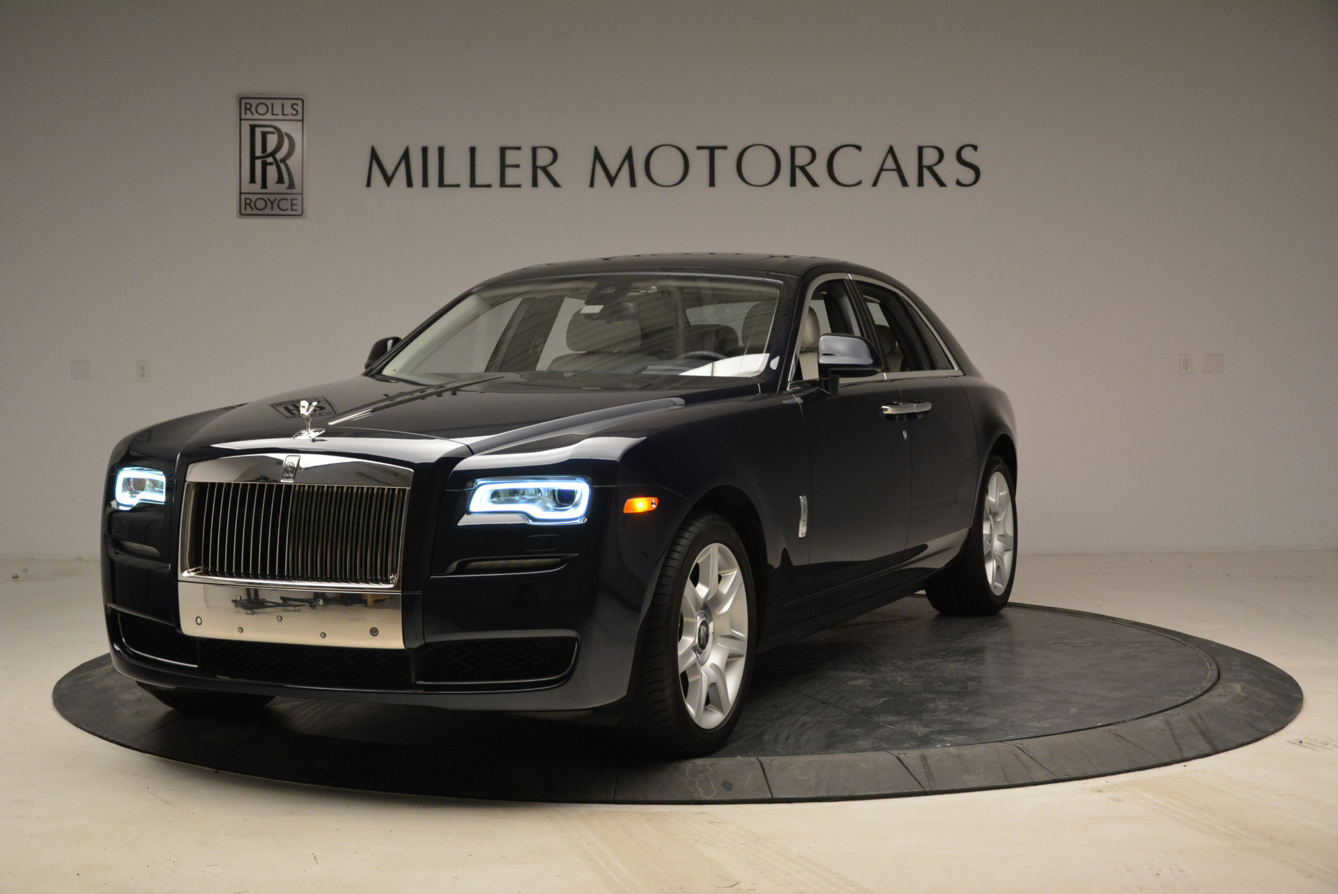 Used 2015 Rolls-Royce Ghost  For Sale In Greenwich, CT. Alfa Romeo of Greenwich, 7317 1980_main