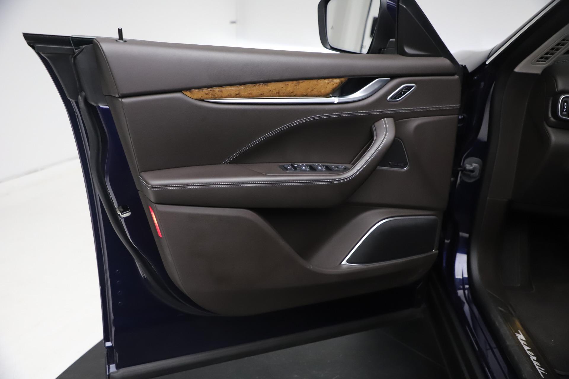 New 2018 Maserati Levante S Q4 GranLusso For Sale In Greenwich, CT. Alfa Romeo of Greenwich, W563 1990_p15