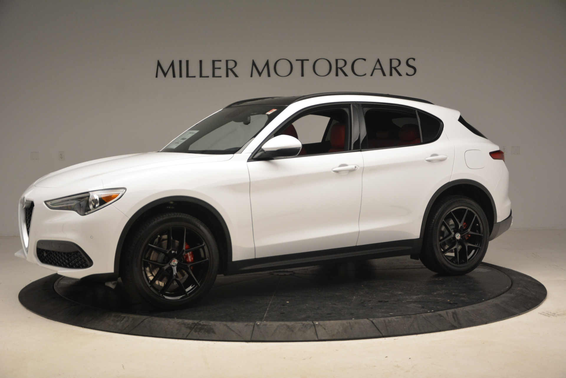 New 2018 Alfa Romeo Stelvio Ti Sport Q4 For Sale In Greenwich, CT. Alfa Romeo of Greenwich, L329 1991_p2