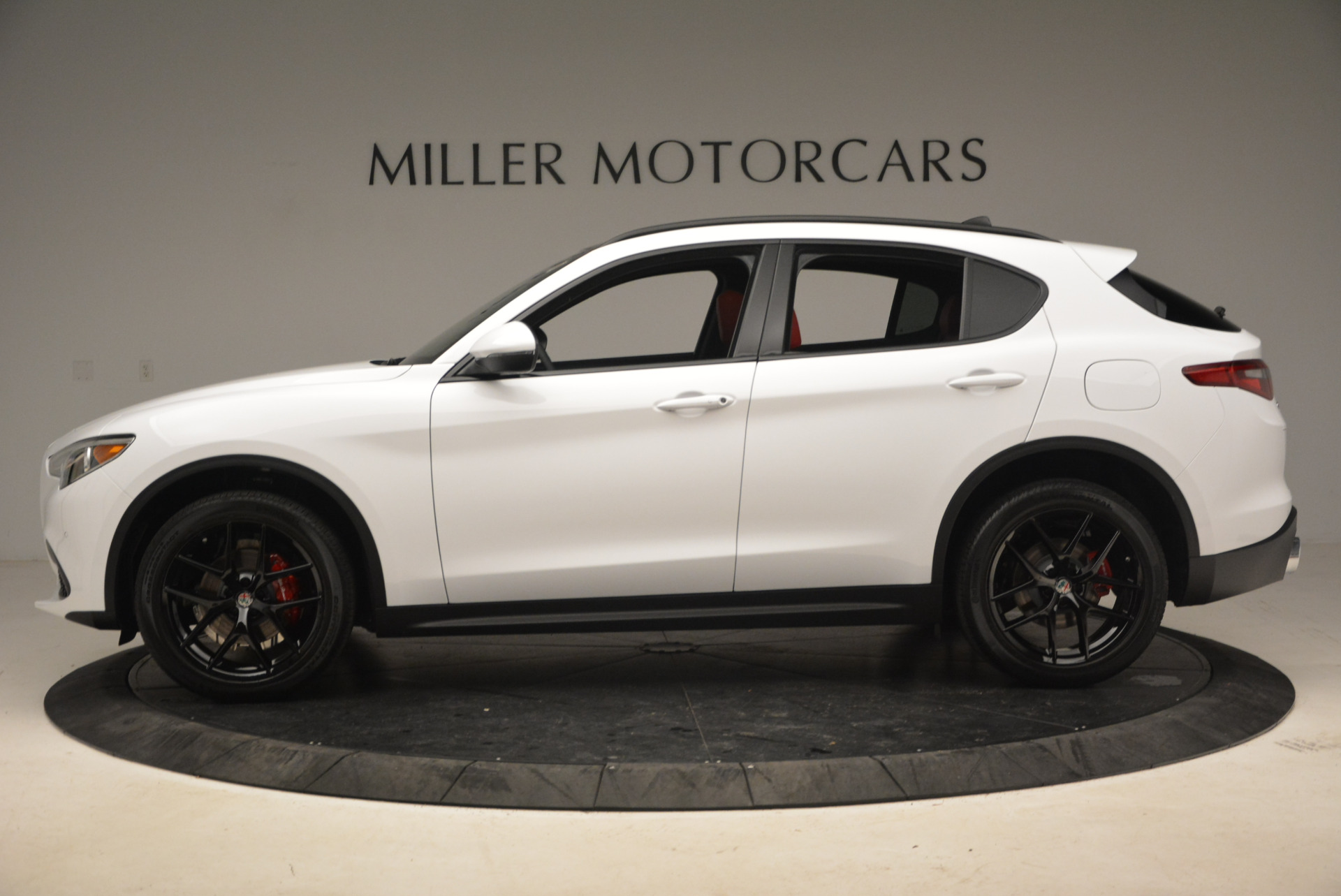 New 2018 Alfa Romeo Stelvio Ti Sport Q4 For Sale In Greenwich, CT. Alfa Romeo of Greenwich, L329 1991_p3