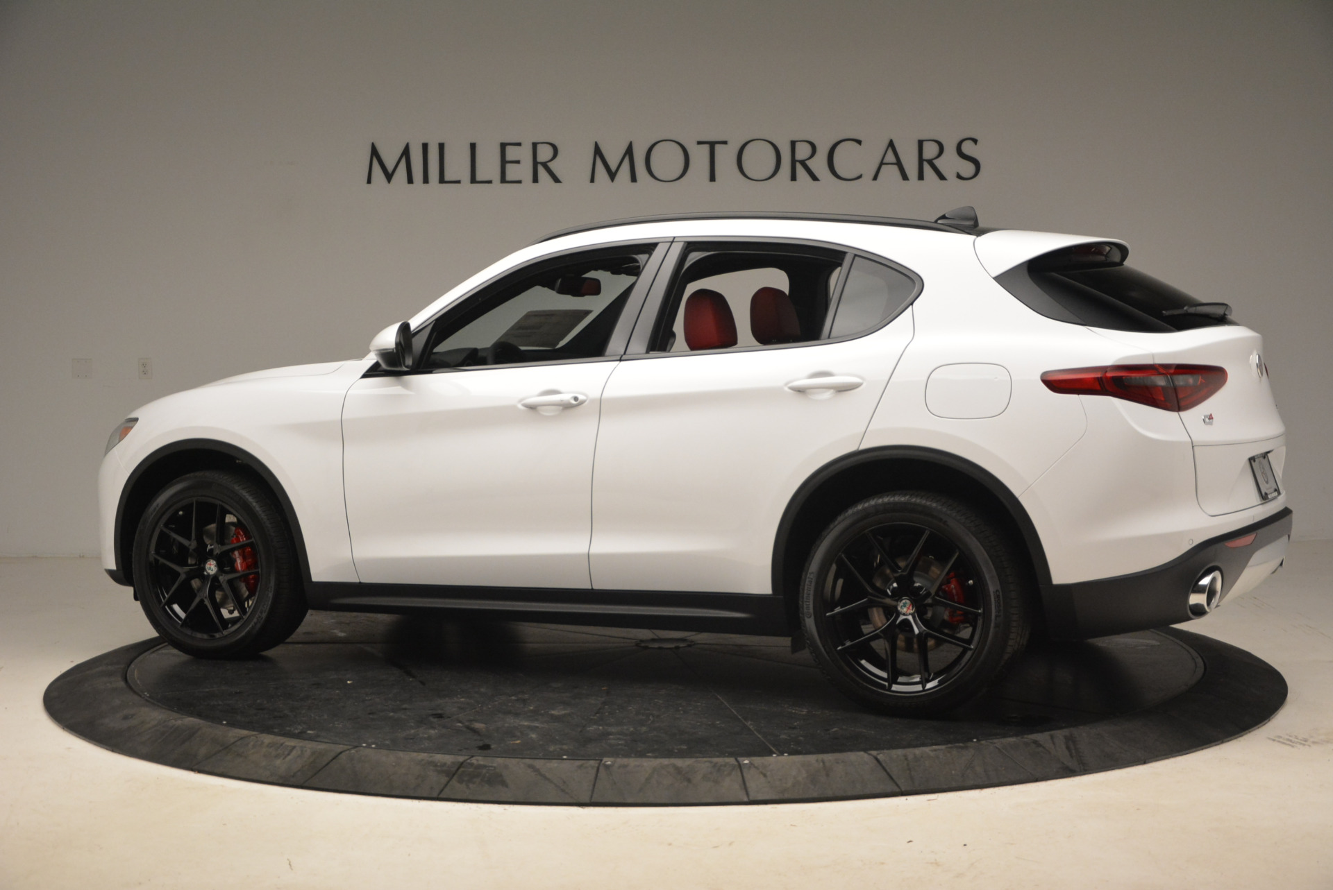 New 2018 Alfa Romeo Stelvio Ti Sport Q4 For Sale In Greenwich, CT. Alfa Romeo of Greenwich, L329 1991_p4