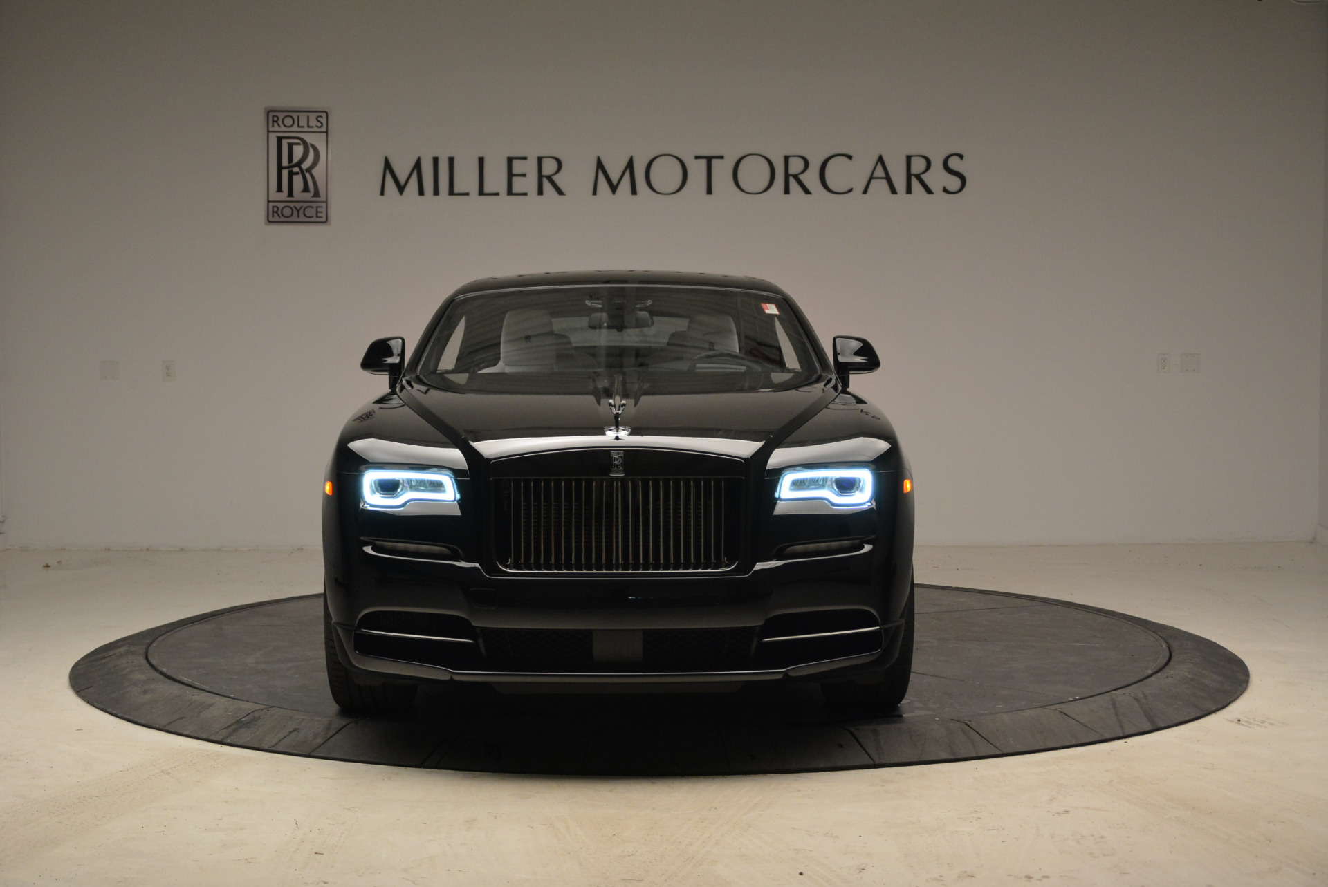 Used 2017 Rolls-Royce Wraith Black Badge For Sale In Greenwich, CT. Alfa Romeo of Greenwich, R452 1994_p11