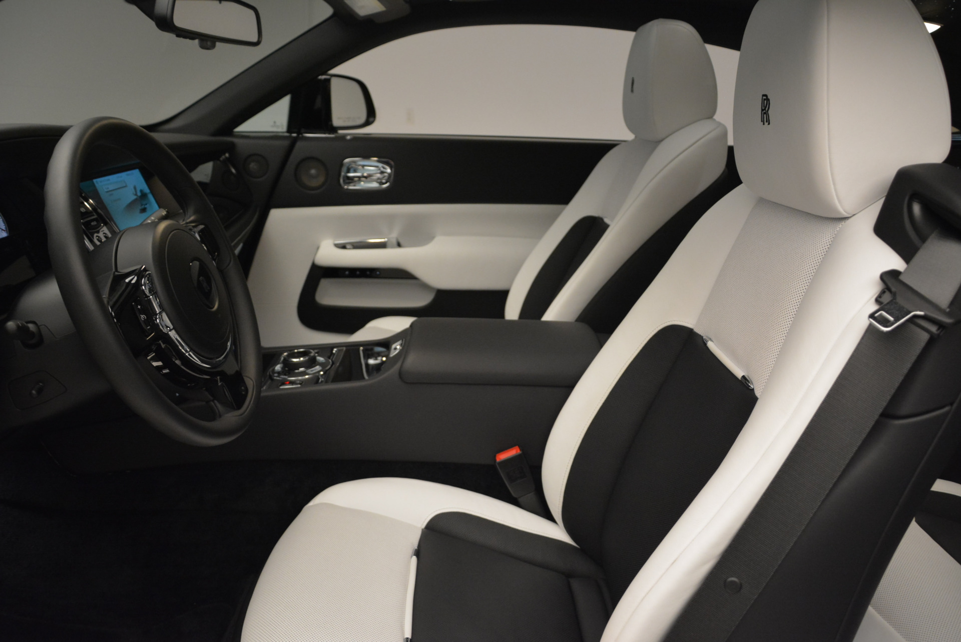 Used 2017 Rolls-Royce Wraith Black Badge For Sale In Greenwich, CT. Alfa Romeo of Greenwich, R452 1994_p19