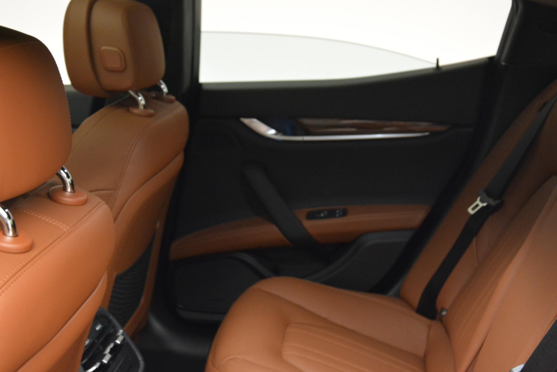 New 2018 Maserati Ghibli S Q4 For Sale In Greenwich, CT. Alfa Romeo of Greenwich, M2047 1999_p16
