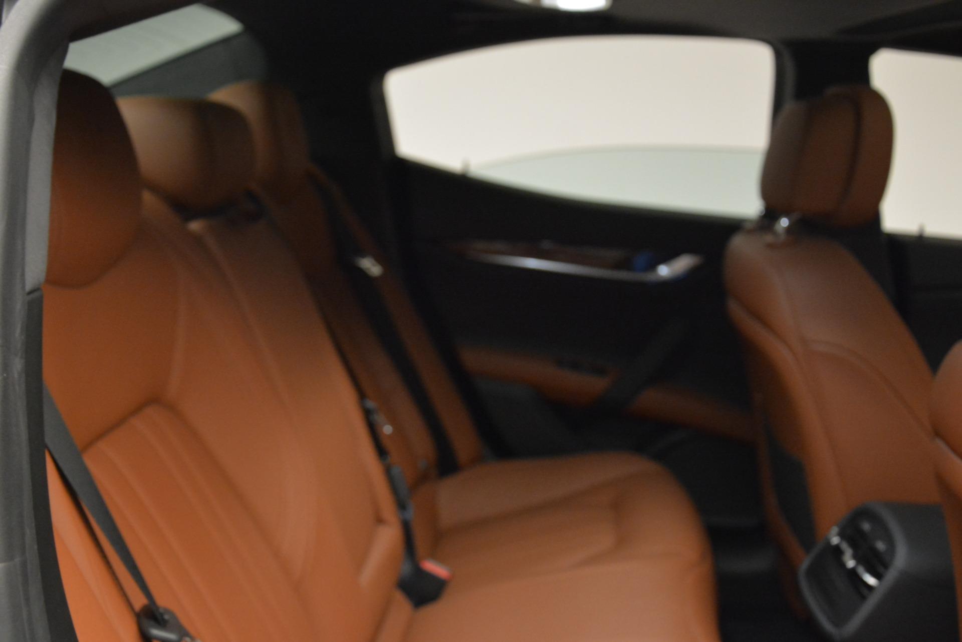 New 2018 Maserati Ghibli S Q4 For Sale In Greenwich, CT. Alfa Romeo of Greenwich, M2047 1999_p20
