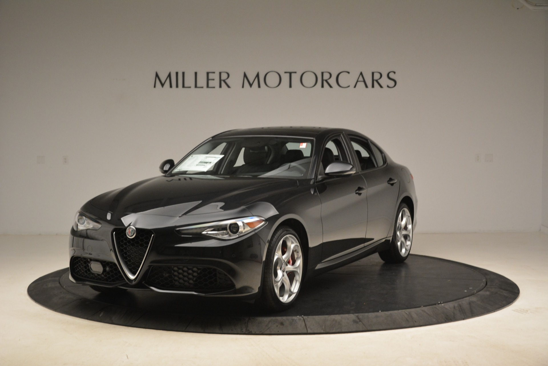 New 2018 Alfa Romeo Giulia Ti Sport Q4 For Sale In Greenwich, CT. Alfa Romeo of Greenwich, L336 2004_main