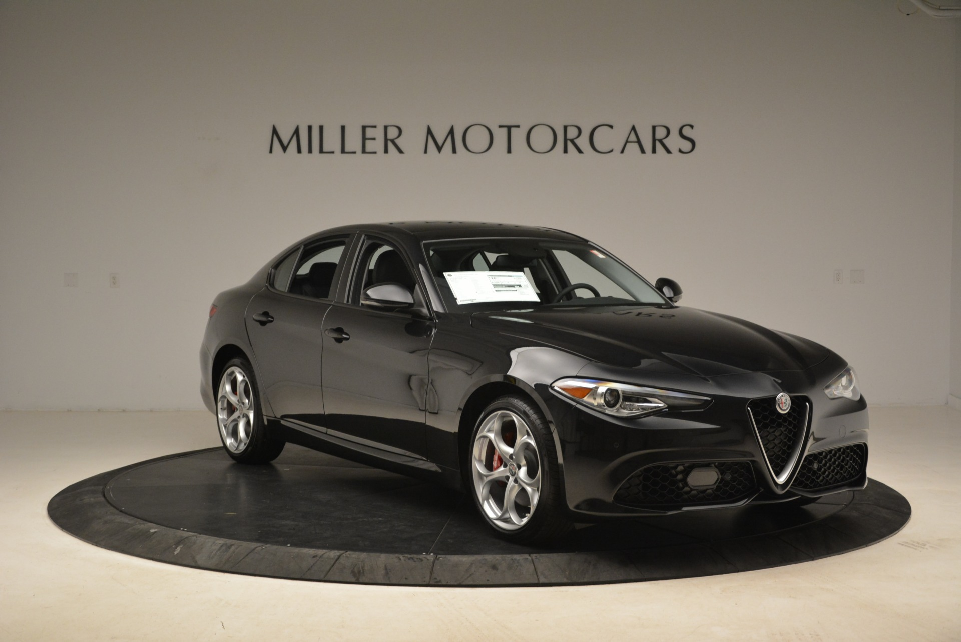 New 2018 Alfa Romeo Giulia Ti Sport Q4 For Sale In Greenwich, CT. Alfa Romeo of Greenwich, L336 2004_p11