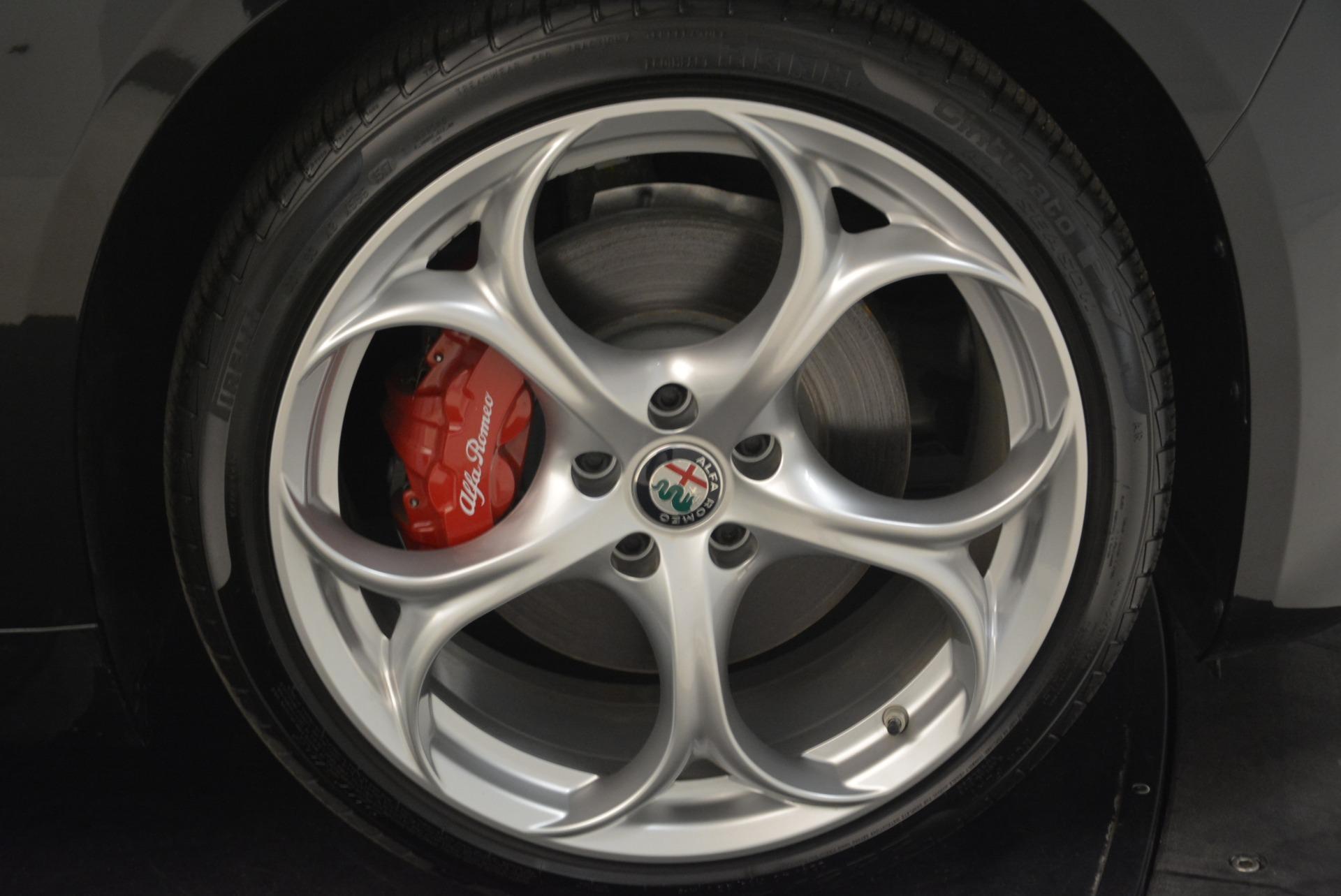 New 2018 Alfa Romeo Giulia Ti Sport Q4 For Sale In Greenwich, CT. Alfa Romeo of Greenwich, L336 2004_p25