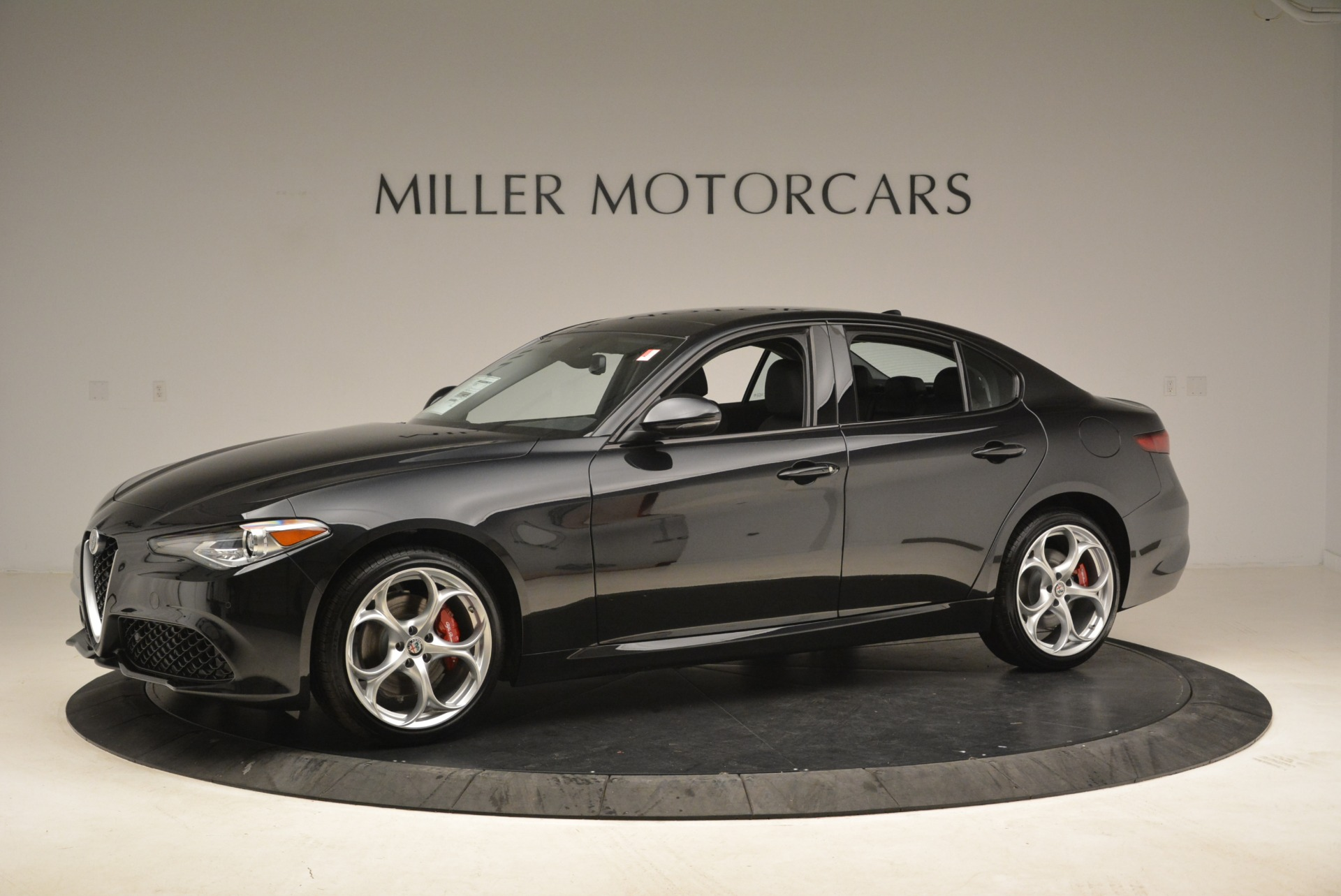 New 2018 Alfa Romeo Giulia Ti Sport Q4 For Sale In Greenwich, CT. Alfa Romeo of Greenwich, L336 2004_p2
