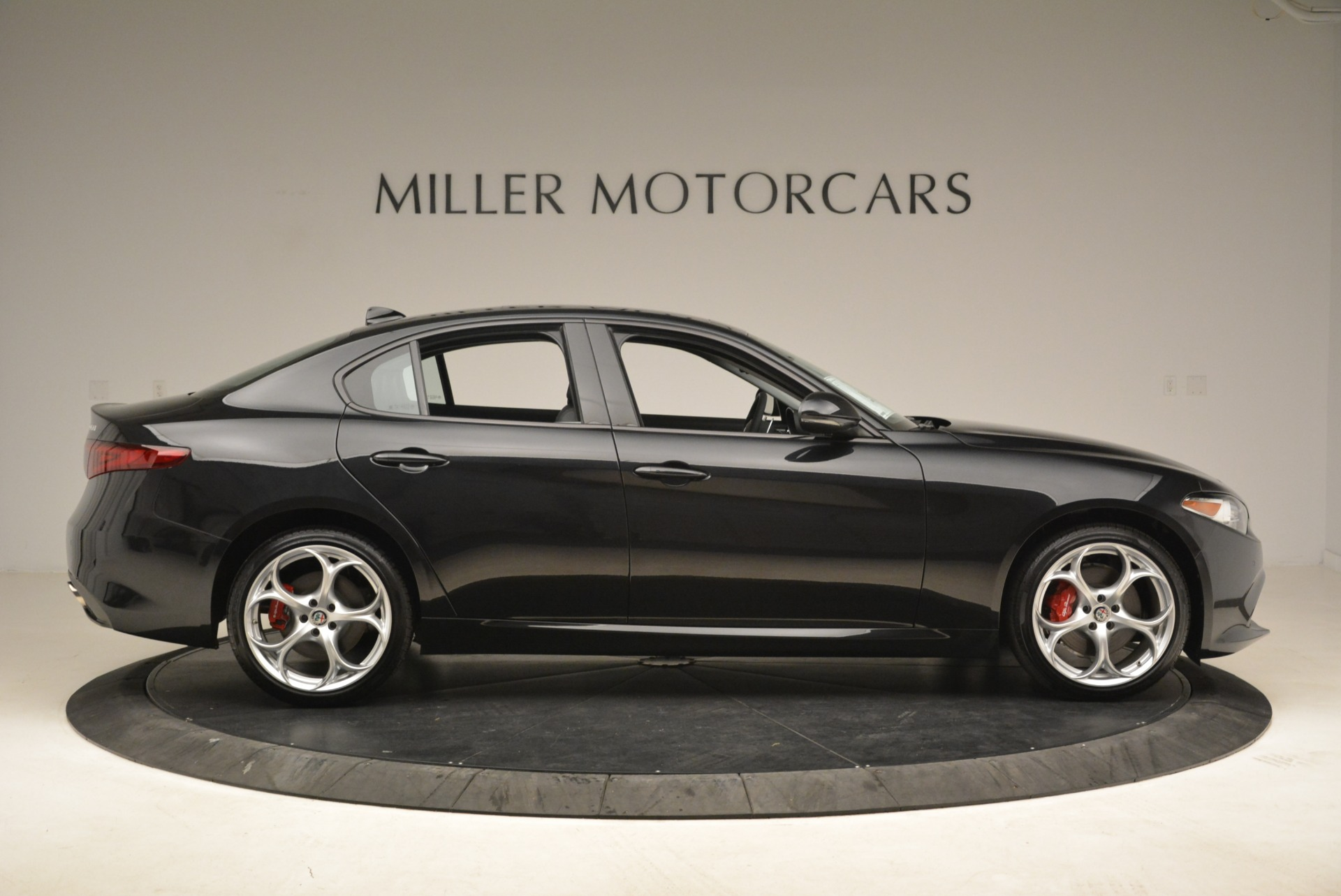 New 2018 Alfa Romeo Giulia Ti Sport Q4 For Sale In Greenwich, CT. Alfa Romeo of Greenwich, L336 2004_p9