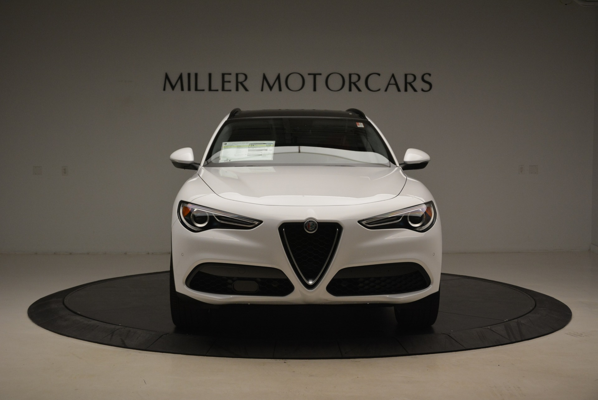 New 2018 Alfa Romeo Stelvio Ti Sport Q4 For Sale In Greenwich, CT. Alfa Romeo of Greenwich, L339 2008_p12