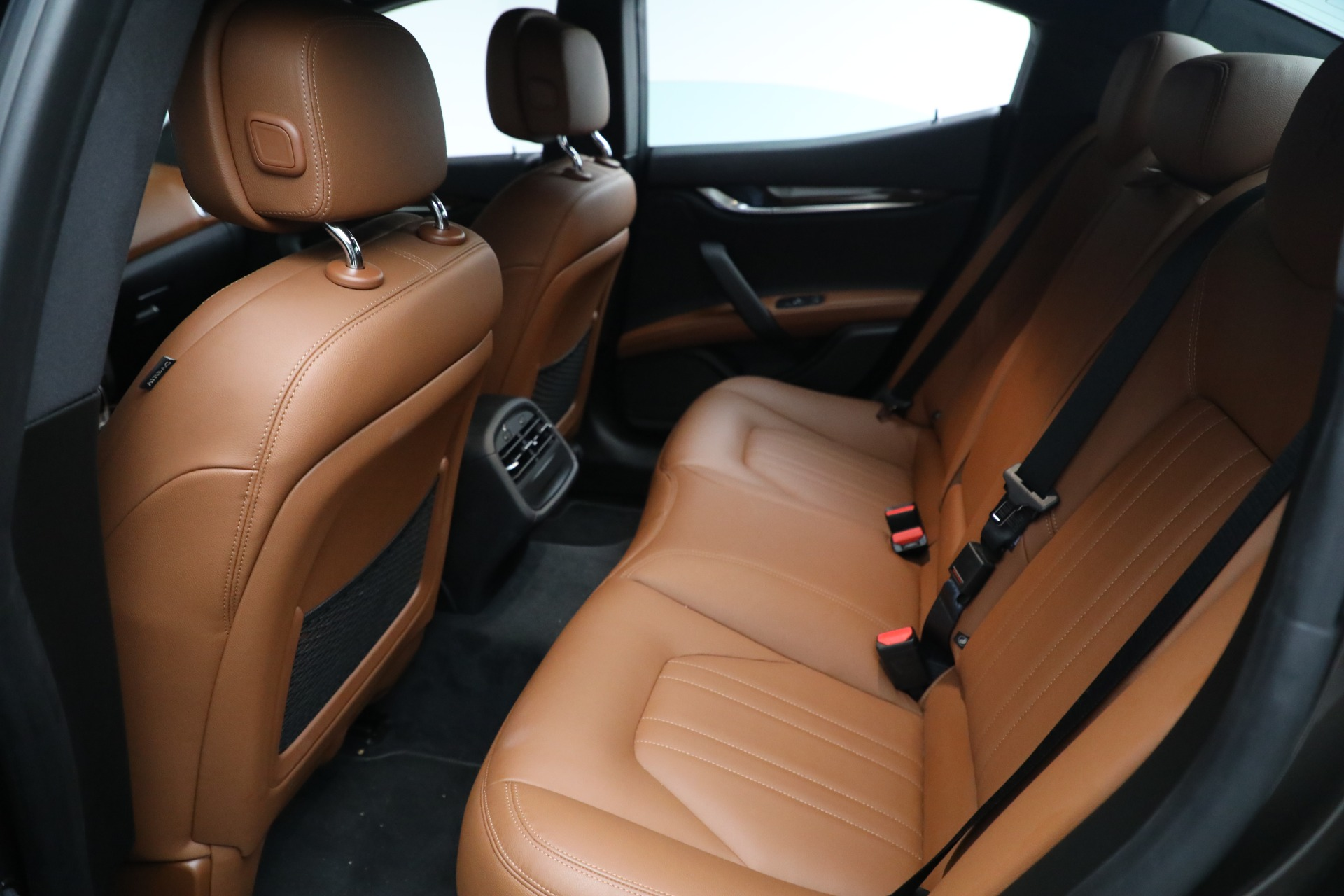 New 2018 Maserati Ghibli S Q4 For Sale In Greenwich, CT. Alfa Romeo of Greenwich, M2048 2011_p11