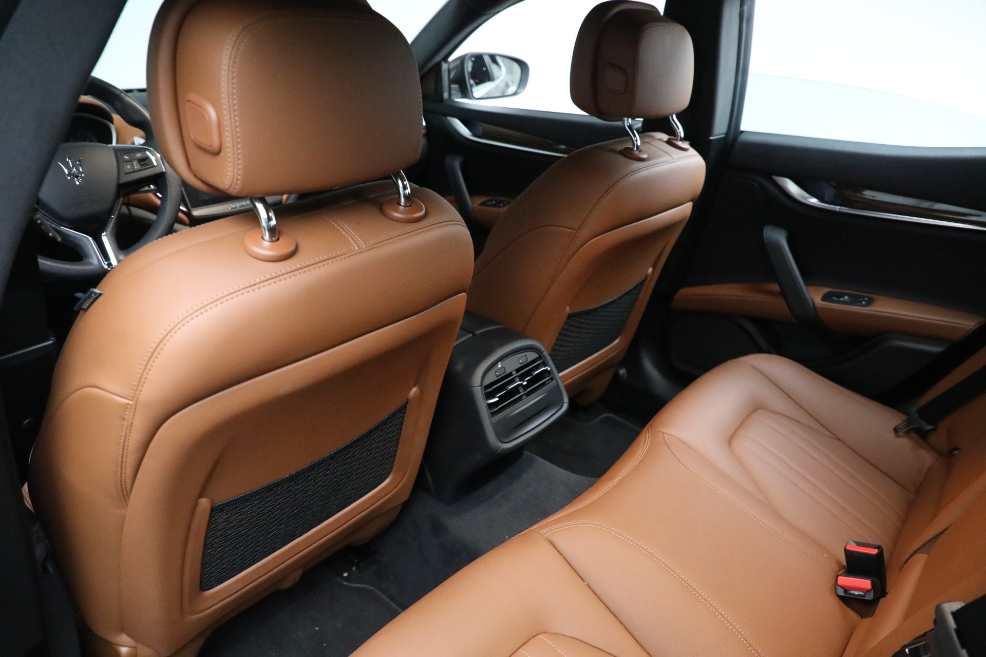New 2018 Maserati Ghibli S Q4 For Sale In Greenwich, CT. Alfa Romeo of Greenwich, M2048 2011_p12