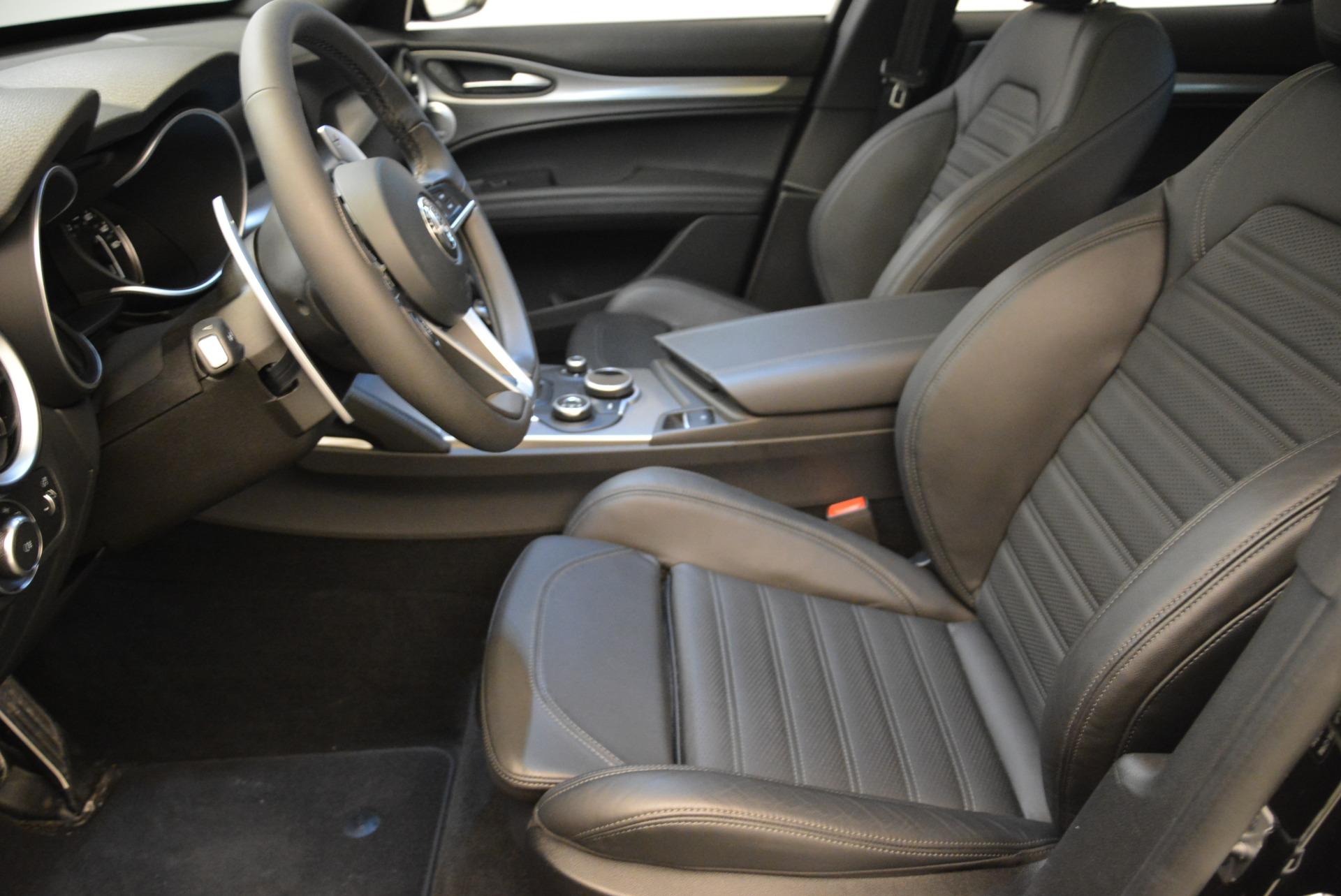 New 2018 Alfa Romeo Stelvio Ti Sport Q4 For Sale In Greenwich, CT. Alfa Romeo of Greenwich, L345 2012_p14