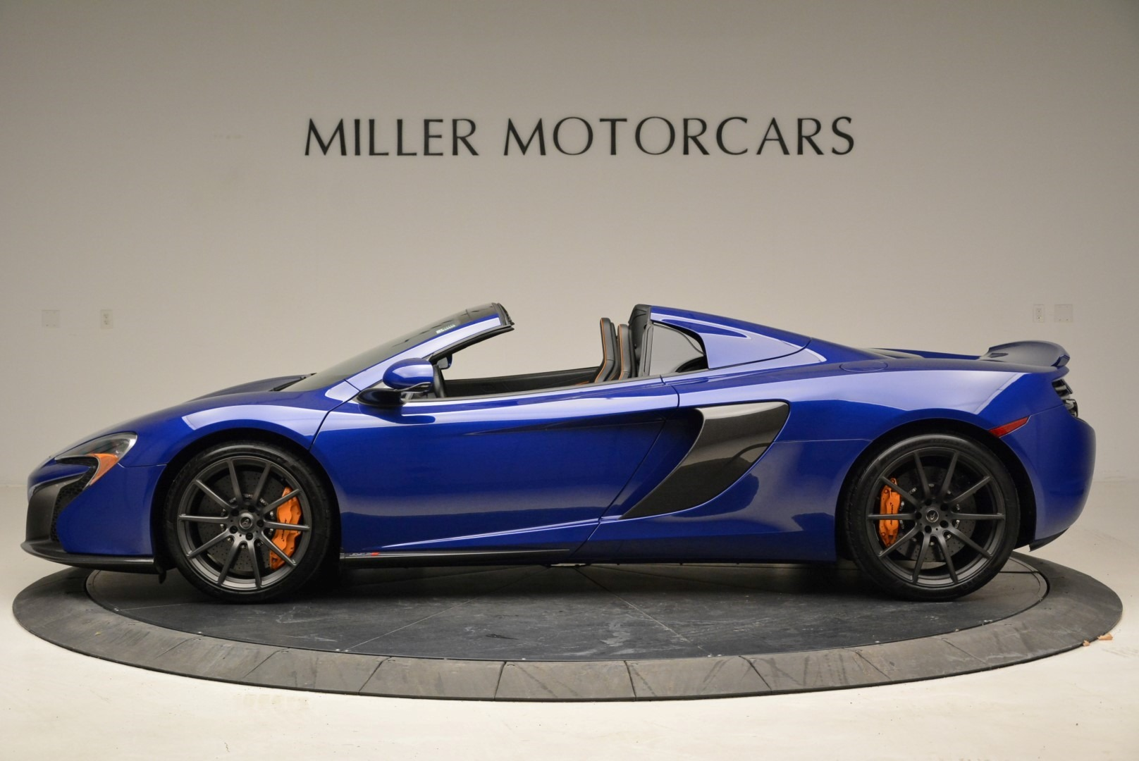 Used 2016 McLaren 650S Spider For Sale In Greenwich, CT. Alfa Romeo of Greenwich, 3116 2013_p3