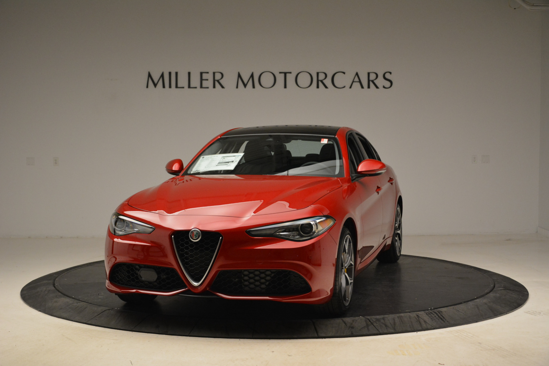 New 2018 Alfa Romeo Giulia Ti Sport Q4 For Sale In Greenwich, CT. Alfa Romeo of Greenwich, L342