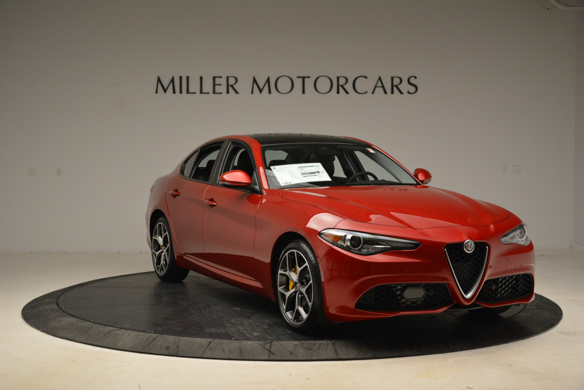 New 2018 Alfa Romeo Giulia Ti Sport Q4 For Sale In Greenwich, CT. Alfa Romeo of Greenwich, L342 2016_p11