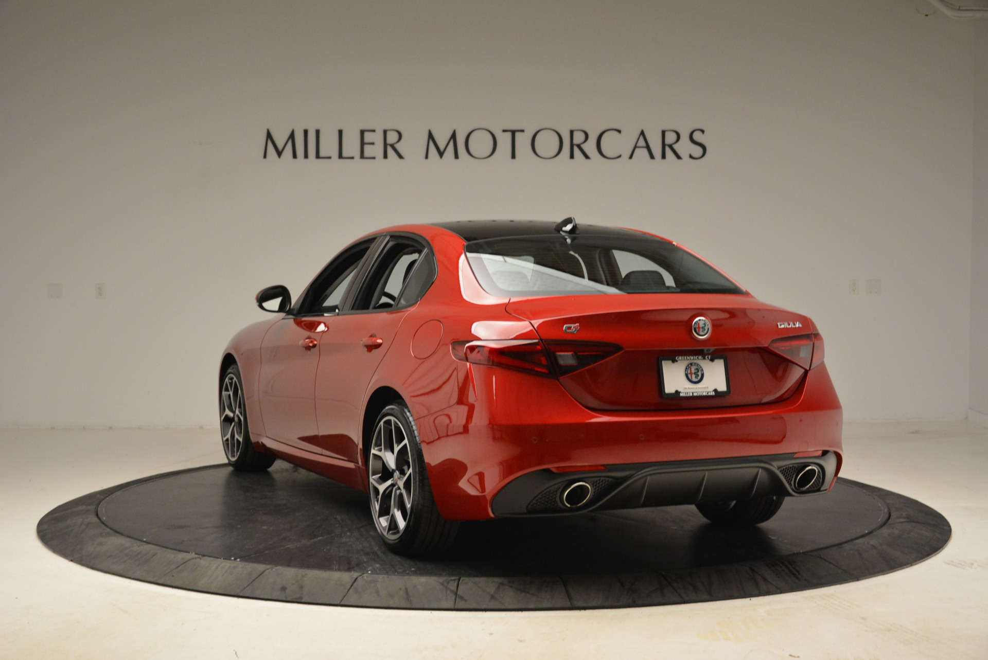 New 2018 Alfa Romeo Giulia Ti Sport Q4 For Sale In Greenwich, CT. Alfa Romeo of Greenwich, L342 2016_p5
