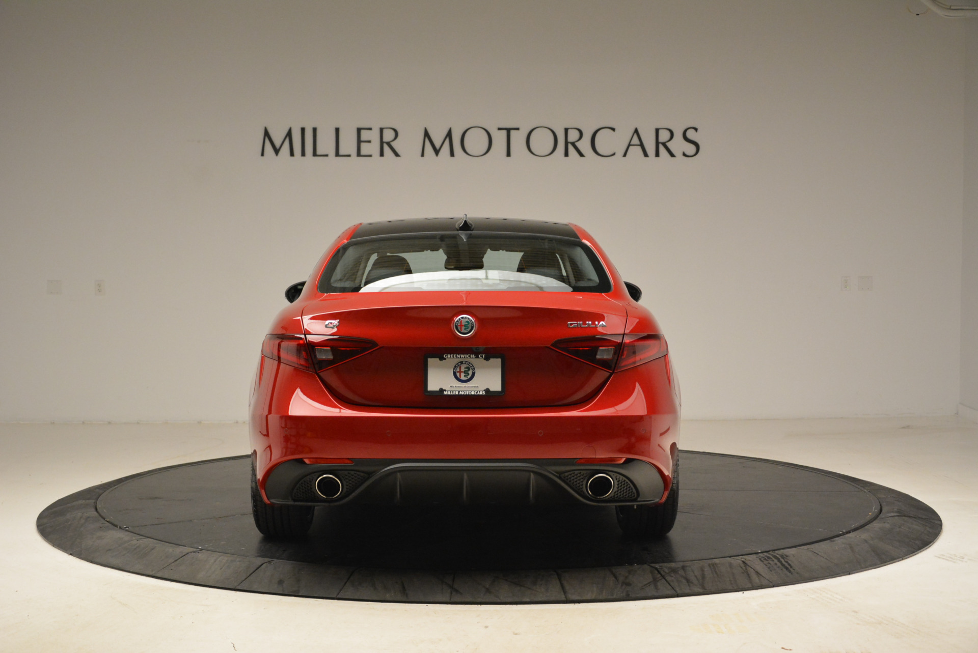 New 2018 Alfa Romeo Giulia Ti Sport Q4 For Sale In Greenwich, CT. Alfa Romeo of Greenwich, L342 2016_p6
