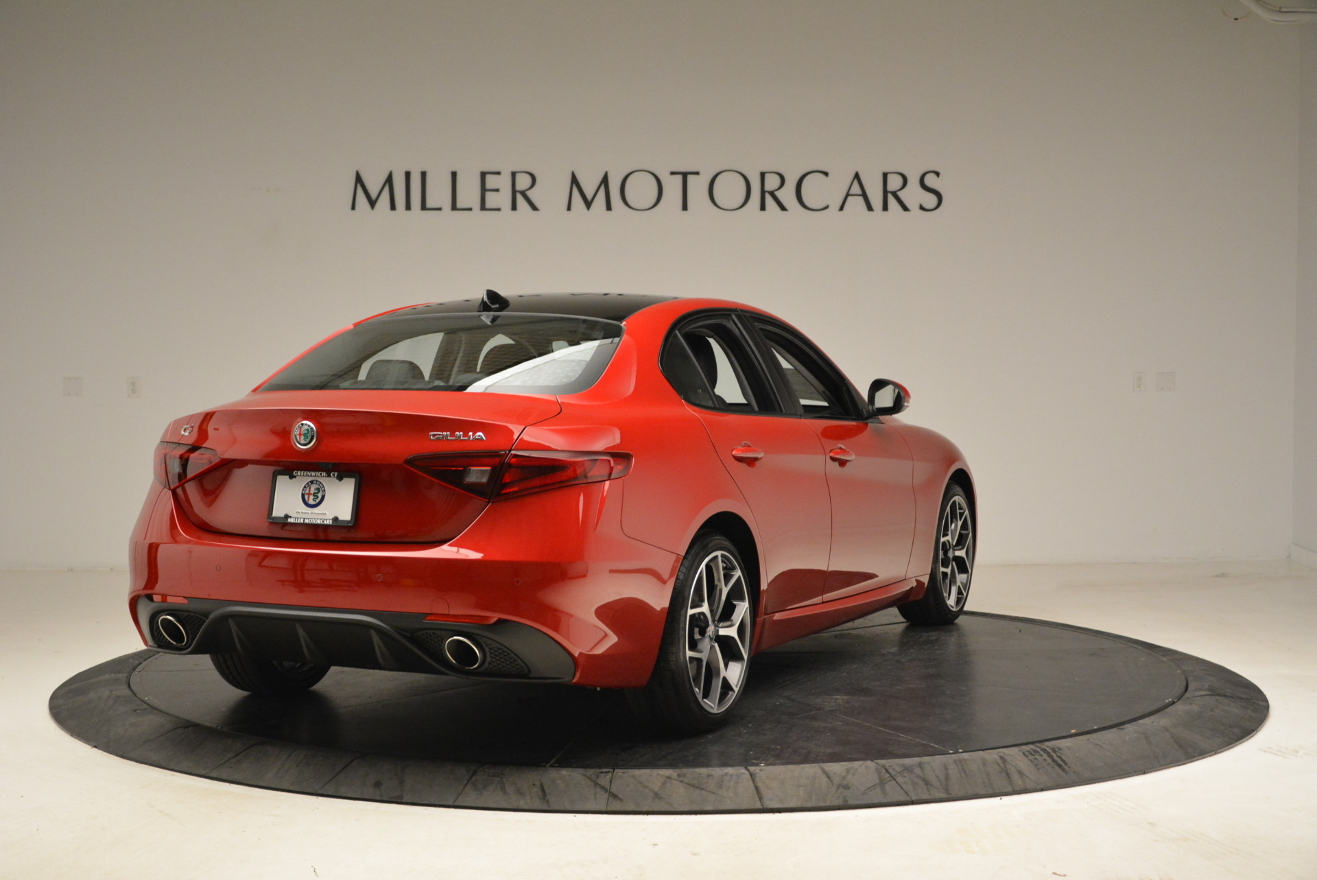 New 2018 Alfa Romeo Giulia Ti Sport Q4 For Sale In Greenwich, CT. Alfa Romeo of Greenwich, L342 2016_p7