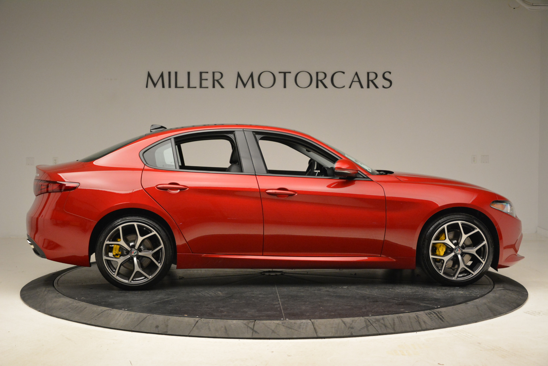 New 2018 Alfa Romeo Giulia Ti Sport Q4 For Sale In Greenwich, CT. Alfa Romeo of Greenwich, L342 2016_p9