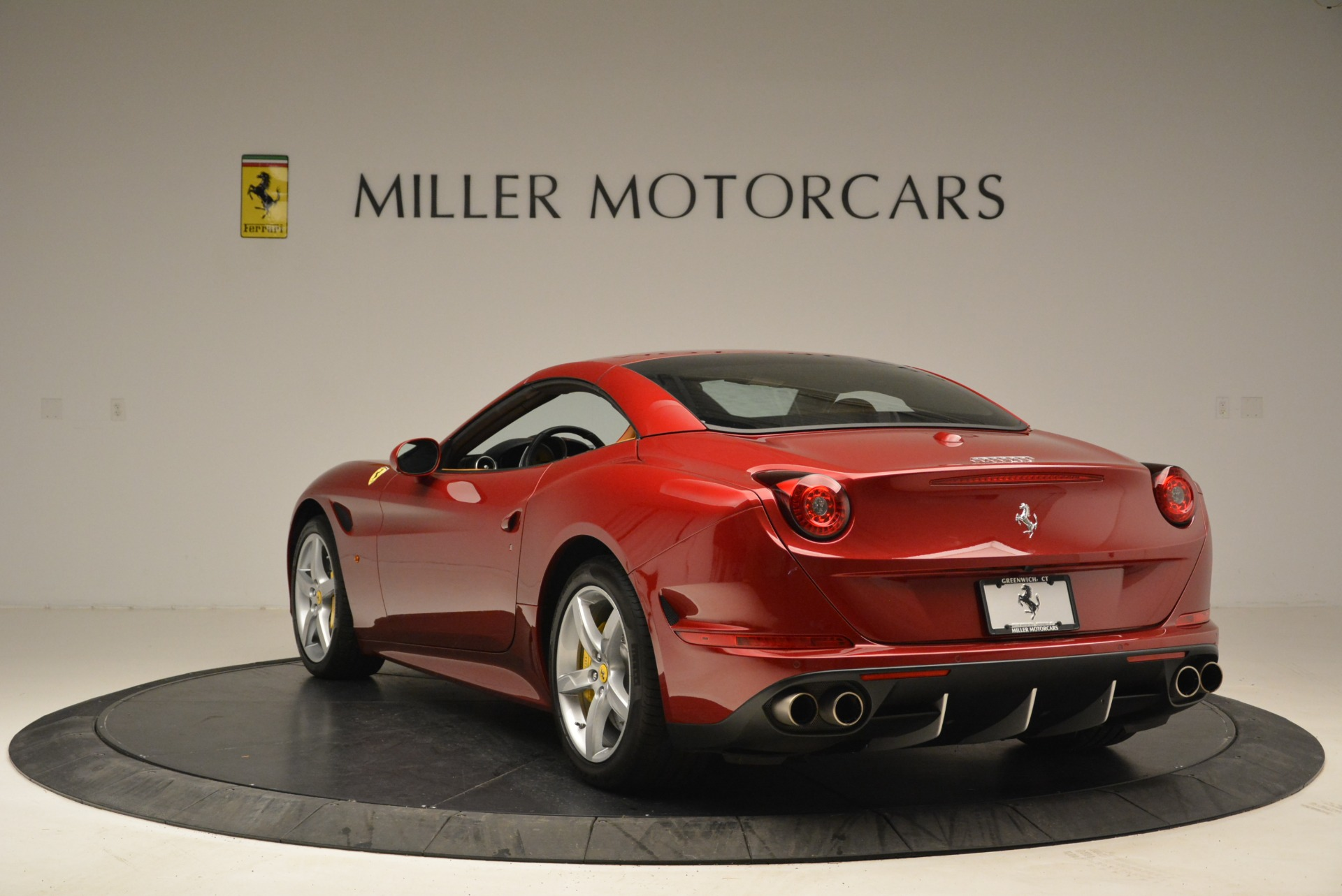 Used 2015 Ferrari California T  For Sale In Greenwich, CT. Alfa Romeo of Greenwich, 4459 2033_p17
