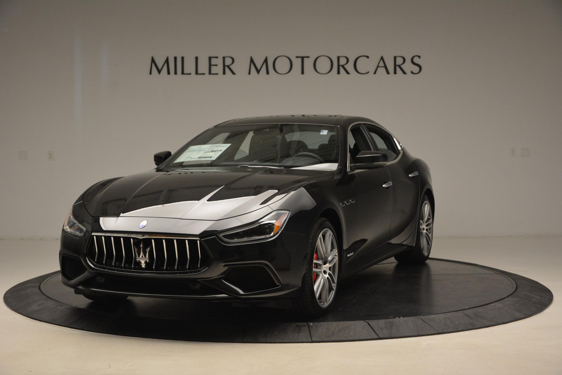 New 2018 Maserati Ghibli S Q4 Gransport For Sale In Greenwich, CT. Alfa Romeo of Greenwich, M2046 2036_main