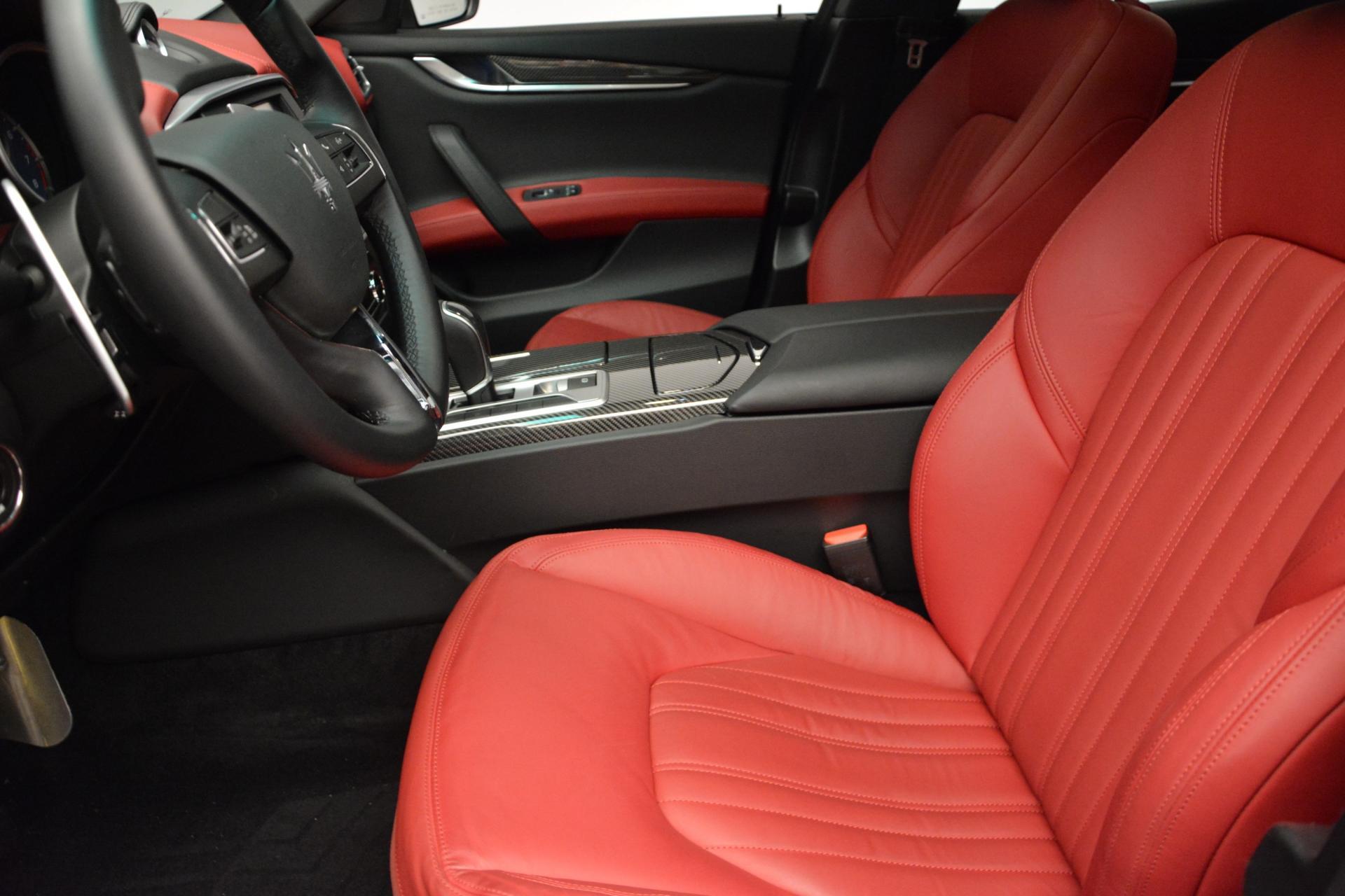 New 2016 Maserati Ghibli S Q4 For Sale In Greenwich, CT. Alfa Romeo of Greenwich, M1563 204_p13