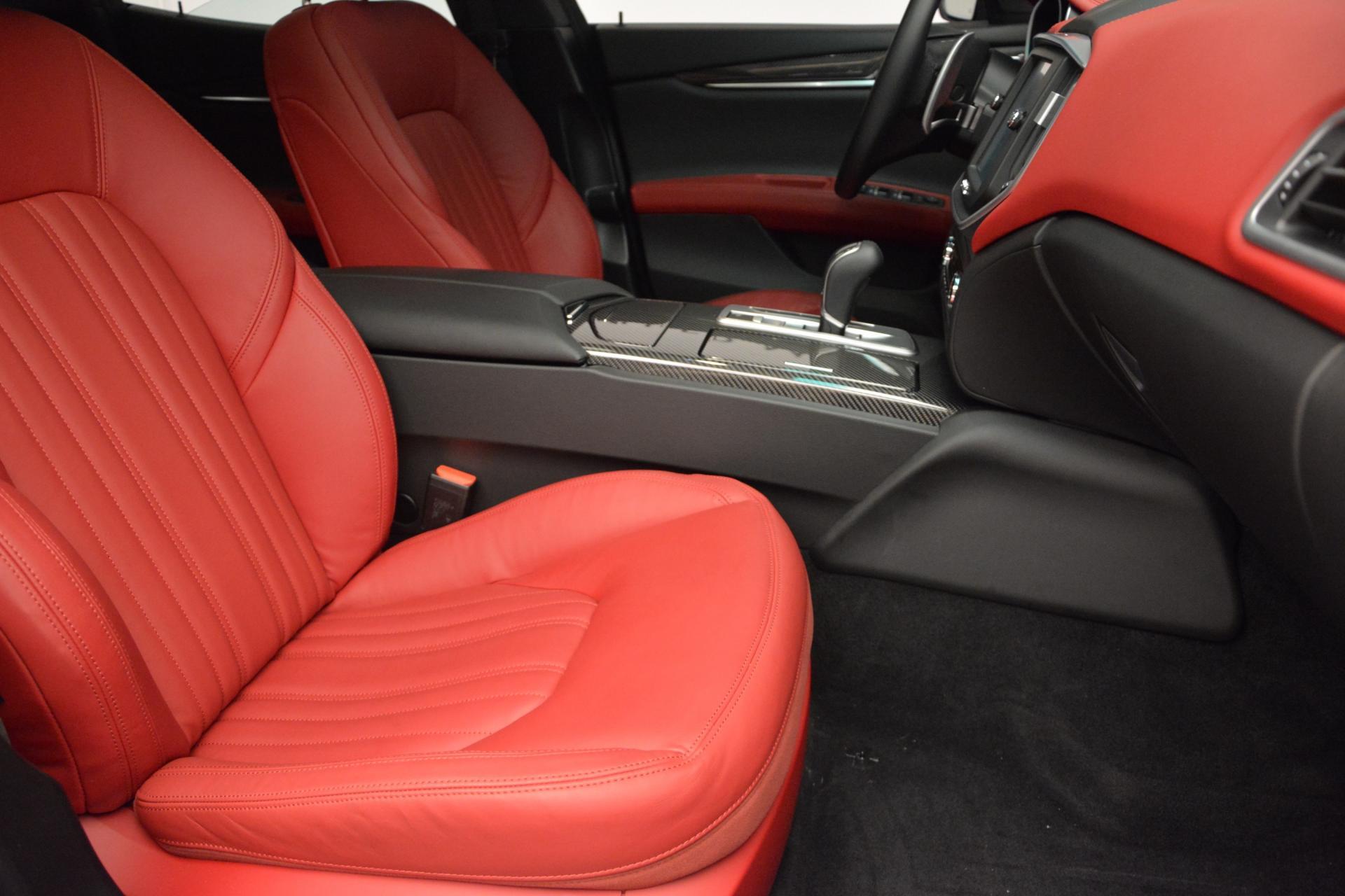 New 2016 Maserati Ghibli S Q4 For Sale In Greenwich, CT. Alfa Romeo of Greenwich, M1563 204_p19