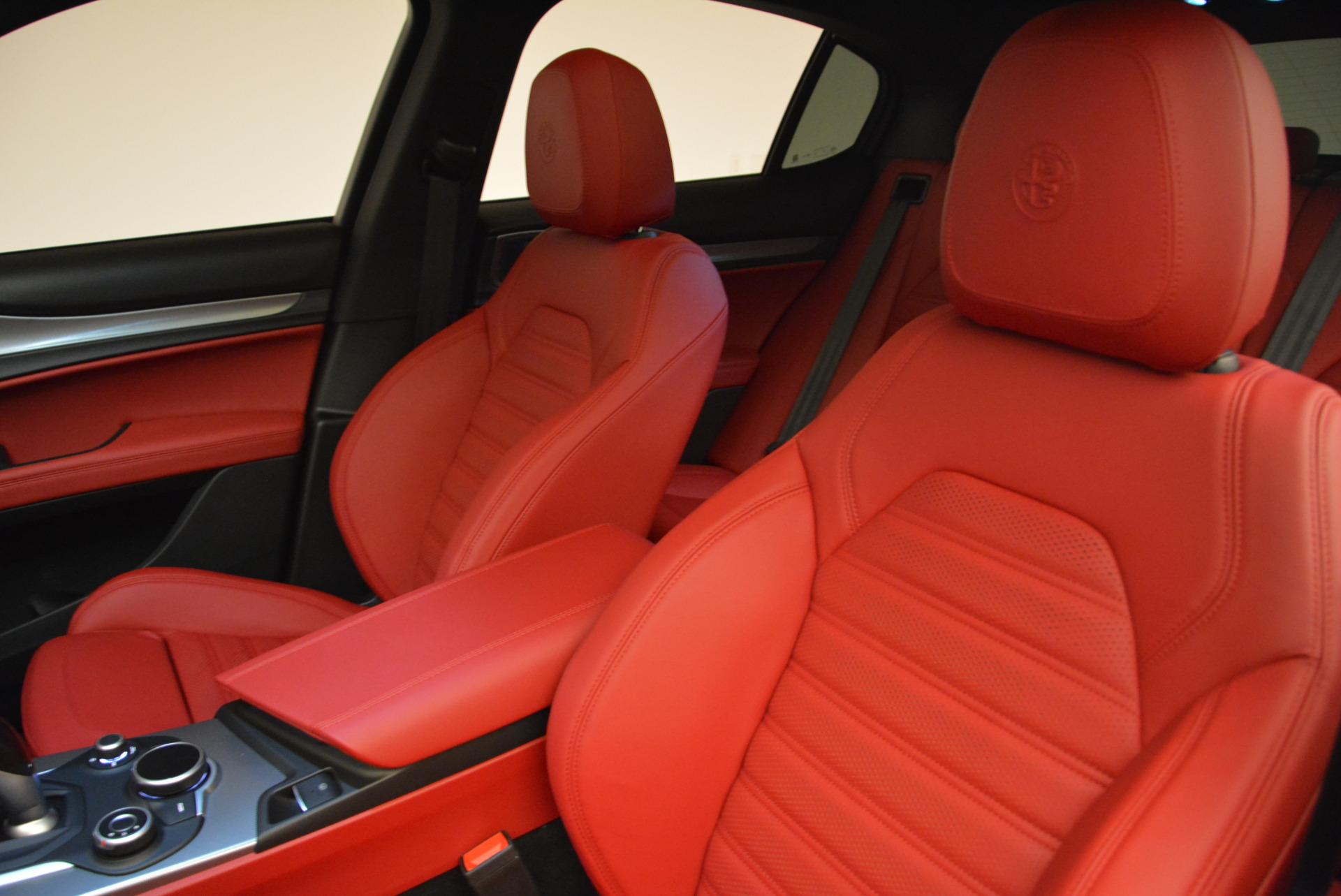 New 2018 Alfa Romeo Stelvio Ti Sport Q4 For Sale In Greenwich, CT. Alfa Romeo of Greenwich, L357 2041_p15
