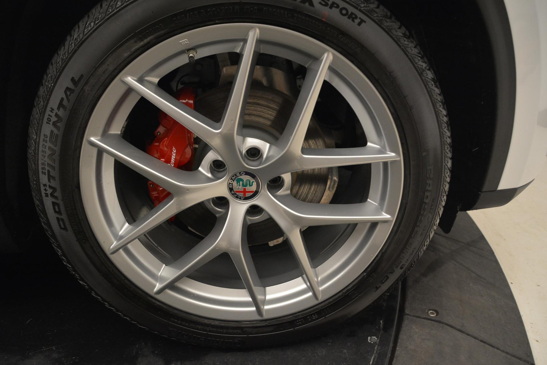 New 2018 Alfa Romeo Stelvio Ti Sport Q4 For Sale In Greenwich, CT. Alfa Romeo of Greenwich, L357 2041_p25