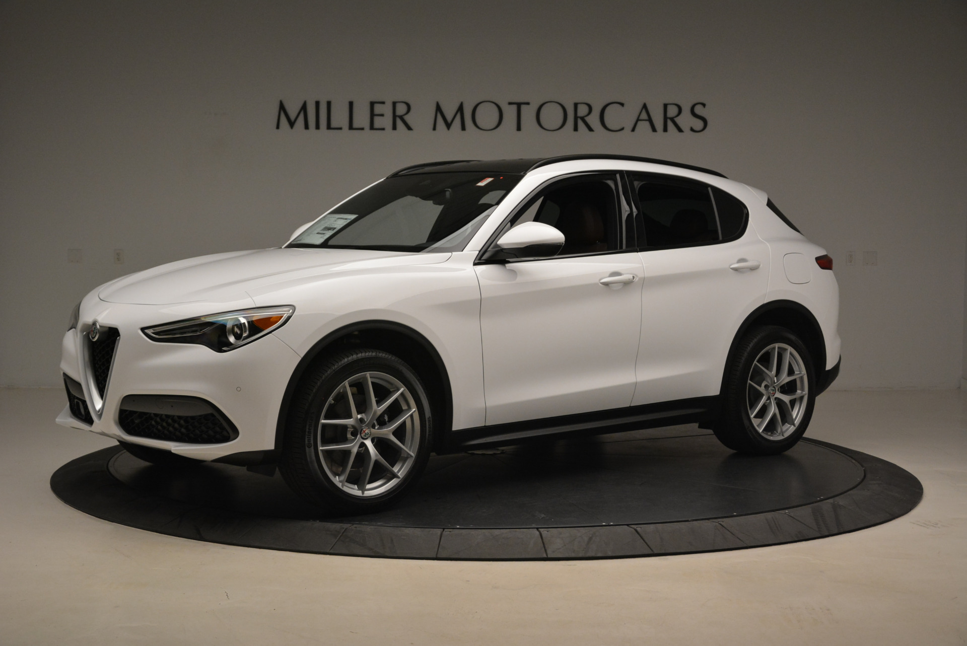 New 2018 Alfa Romeo Stelvio Ti Sport Q4 For Sale In Greenwich, CT. Alfa Romeo of Greenwich, LW127 2044_p2