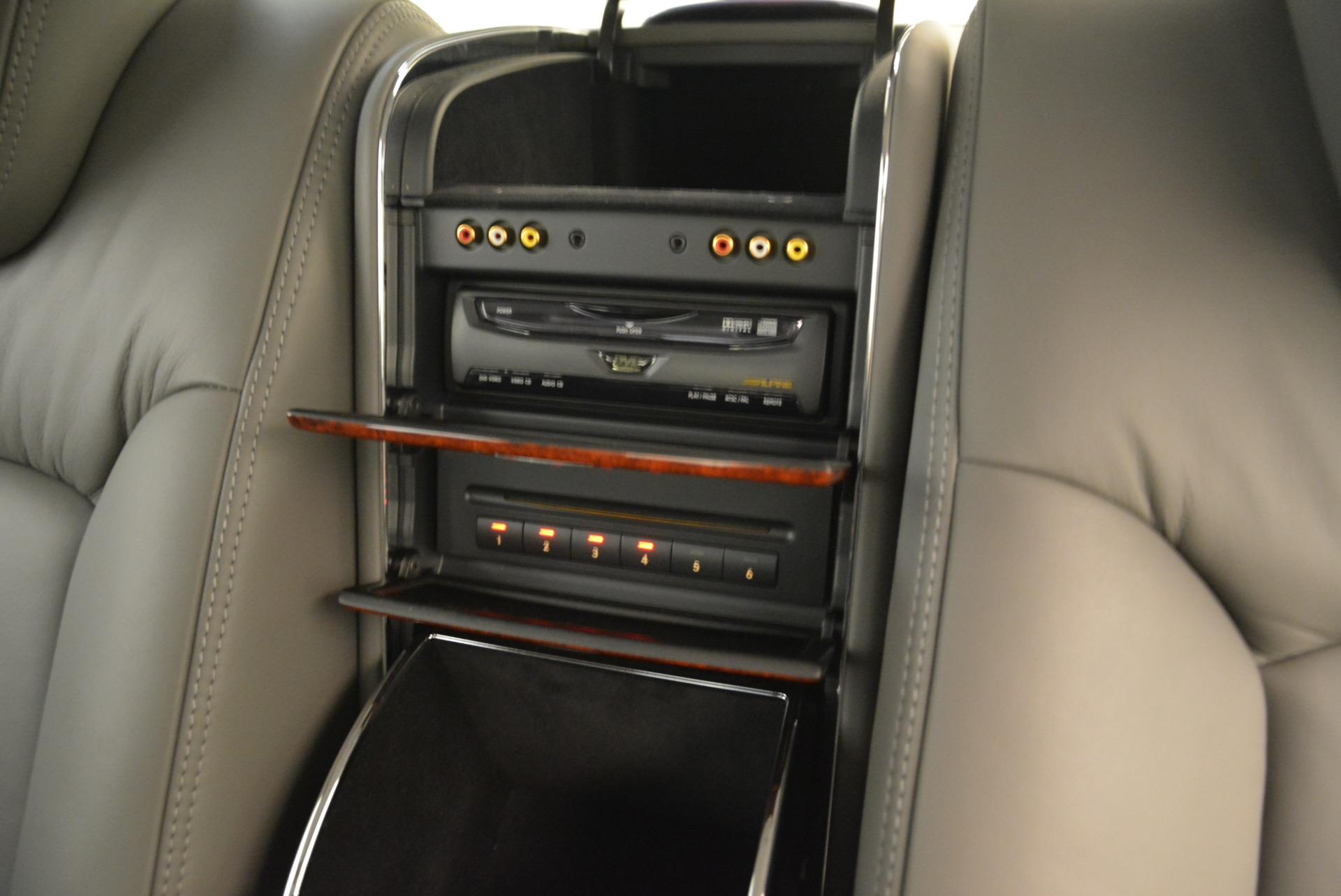 Used 2004 Maybach 57  For Sale In Greenwich, CT. Alfa Romeo of Greenwich, R445A 2045_p31