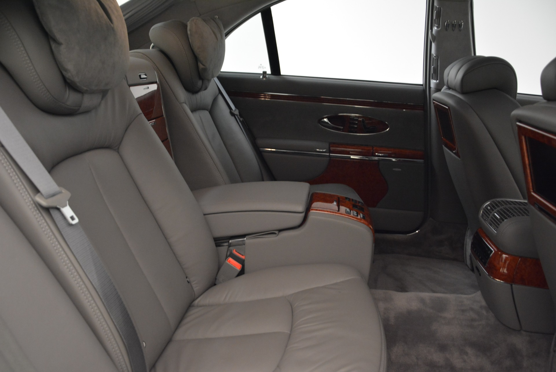 Used 2004 Maybach 57  For Sale In Greenwich, CT. Alfa Romeo of Greenwich, R445A 2045_p32