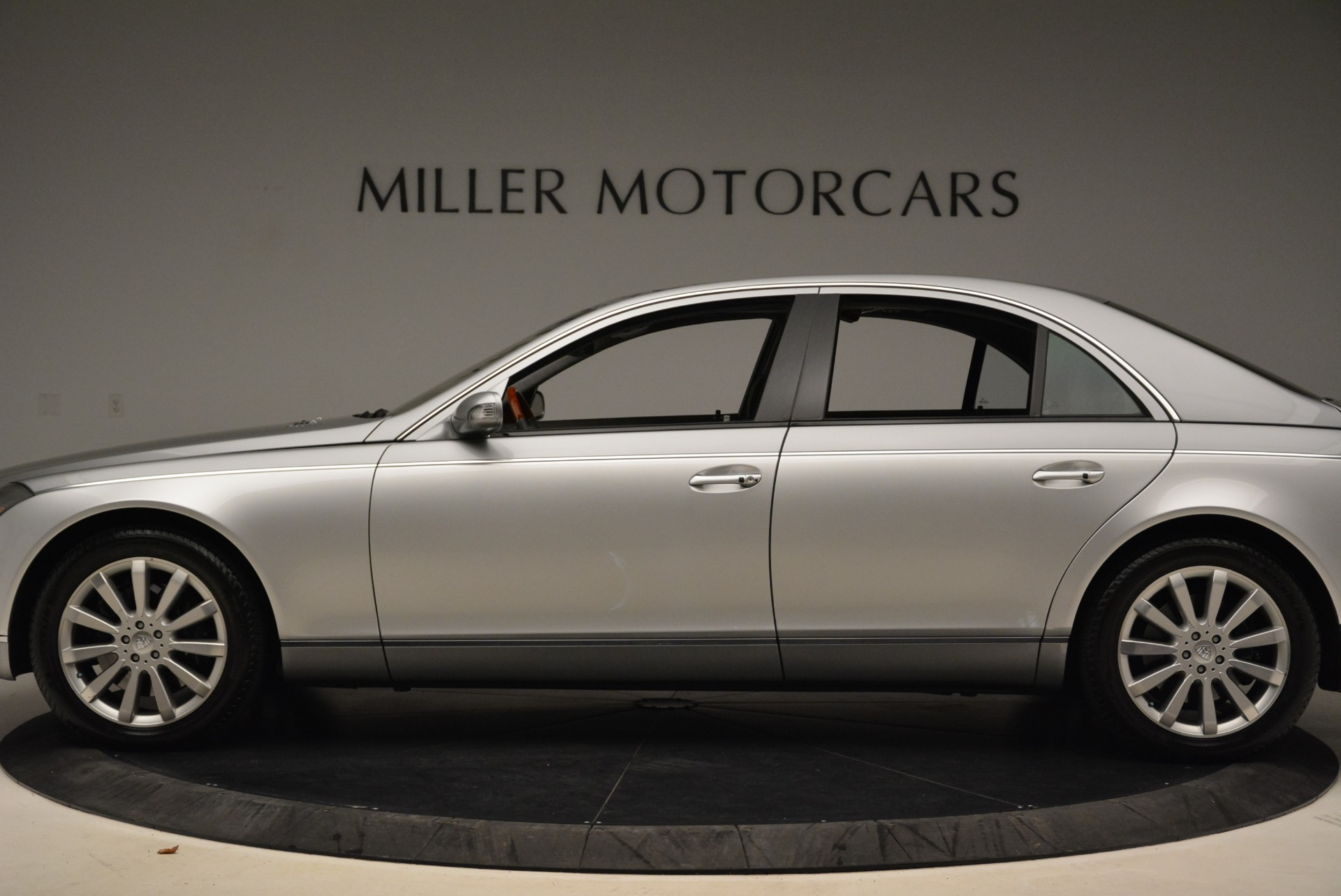 Used 2004 Maybach 57  For Sale In Greenwich, CT. Alfa Romeo of Greenwich, R445A 2045_p3