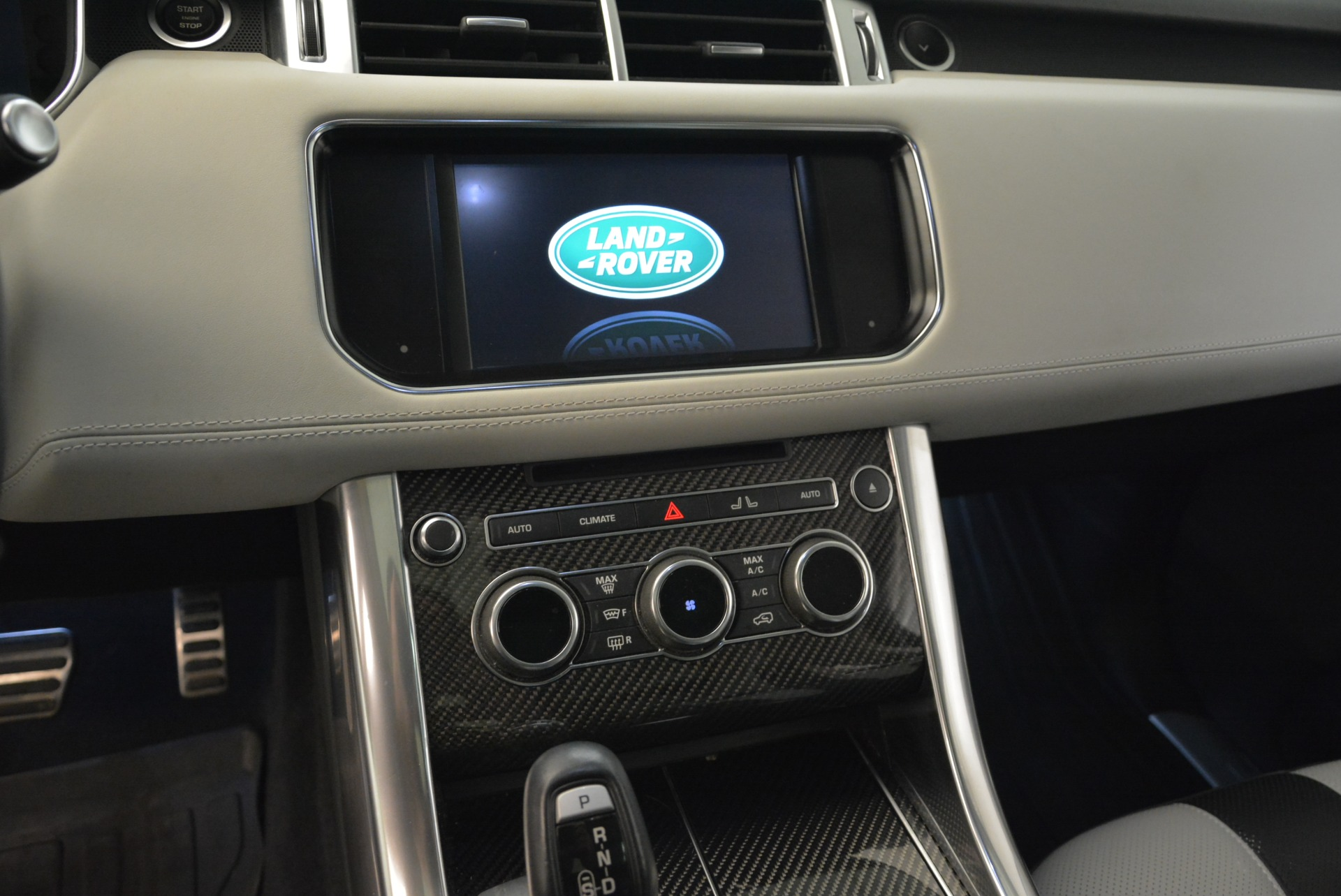 Used 2015 Land Rover Range Rover Sport SVR For Sale In Greenwich, CT. Alfa Romeo of Greenwich, 7322 2046_p20