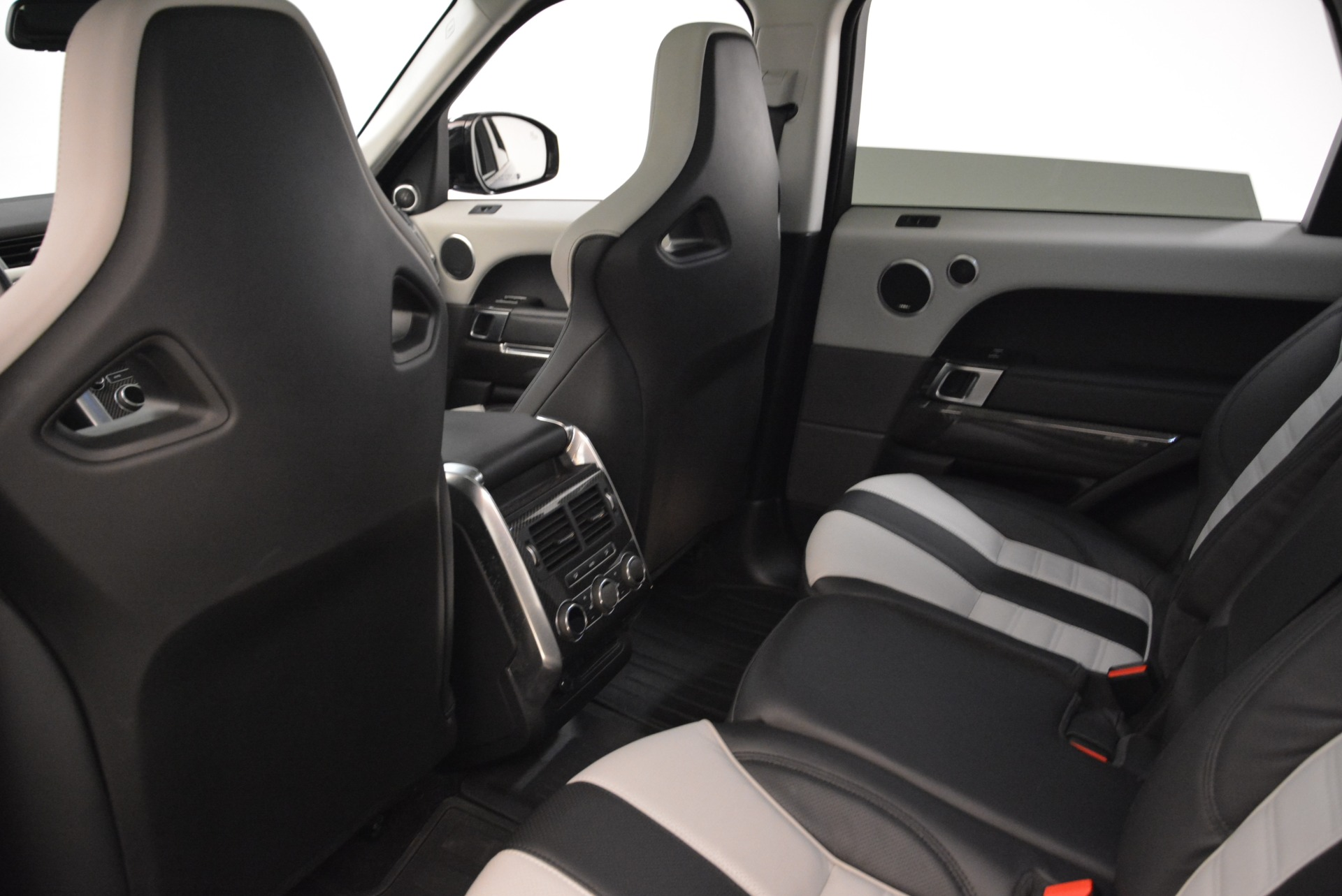 Used 2015 Land Rover Range Rover Sport SVR For Sale In Greenwich, CT. Alfa Romeo of Greenwich, 7322 2046_p21