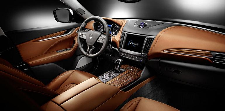 New 2017 Maserati Levante  For Sale In Greenwich, CT. Alfa Romeo of Greenwich, 1234 205_p7