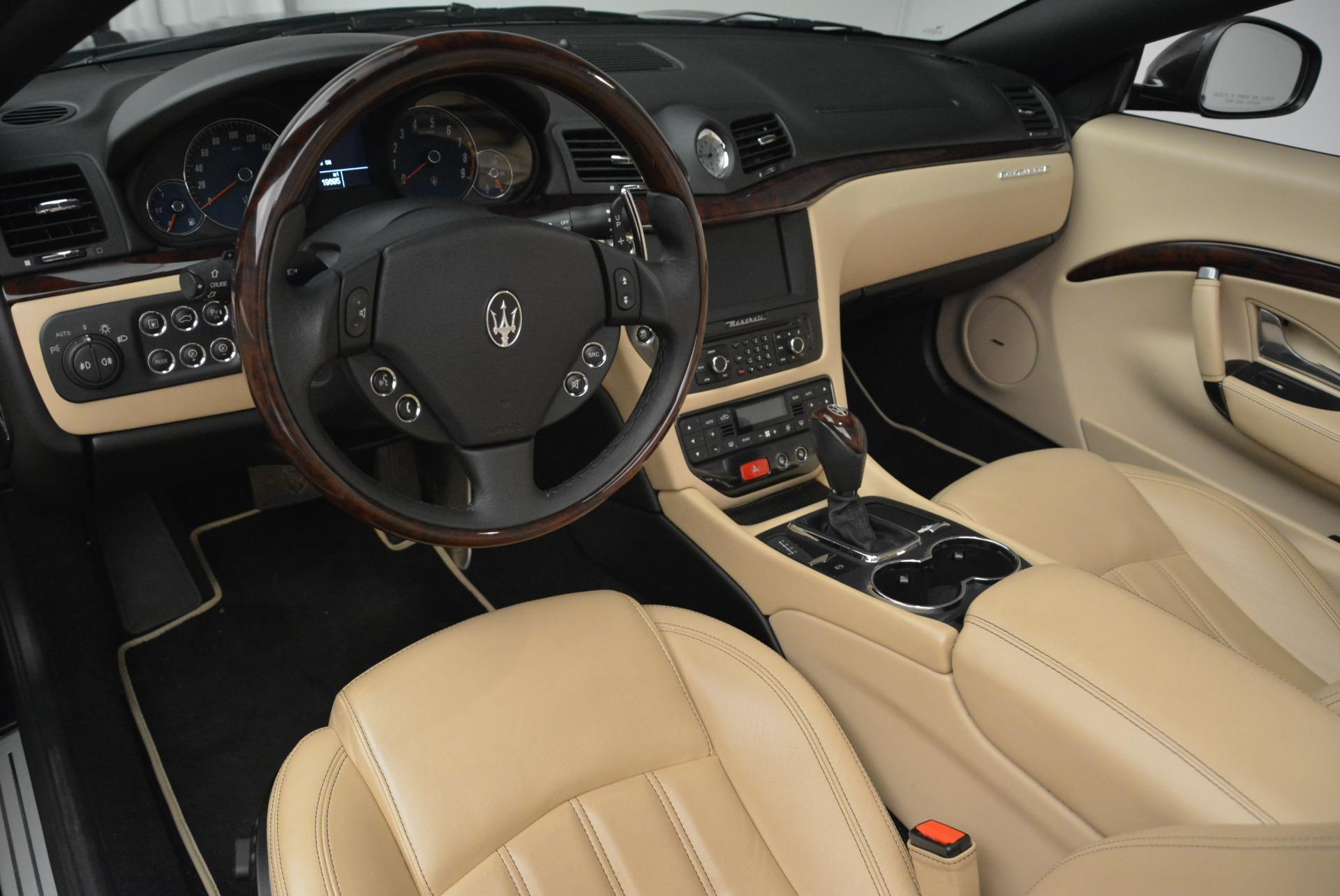 Used 2013 Maserati GranTurismo Convertible  For Sale In Greenwich, CT. Alfa Romeo of Greenwich, W566A 2050_p25