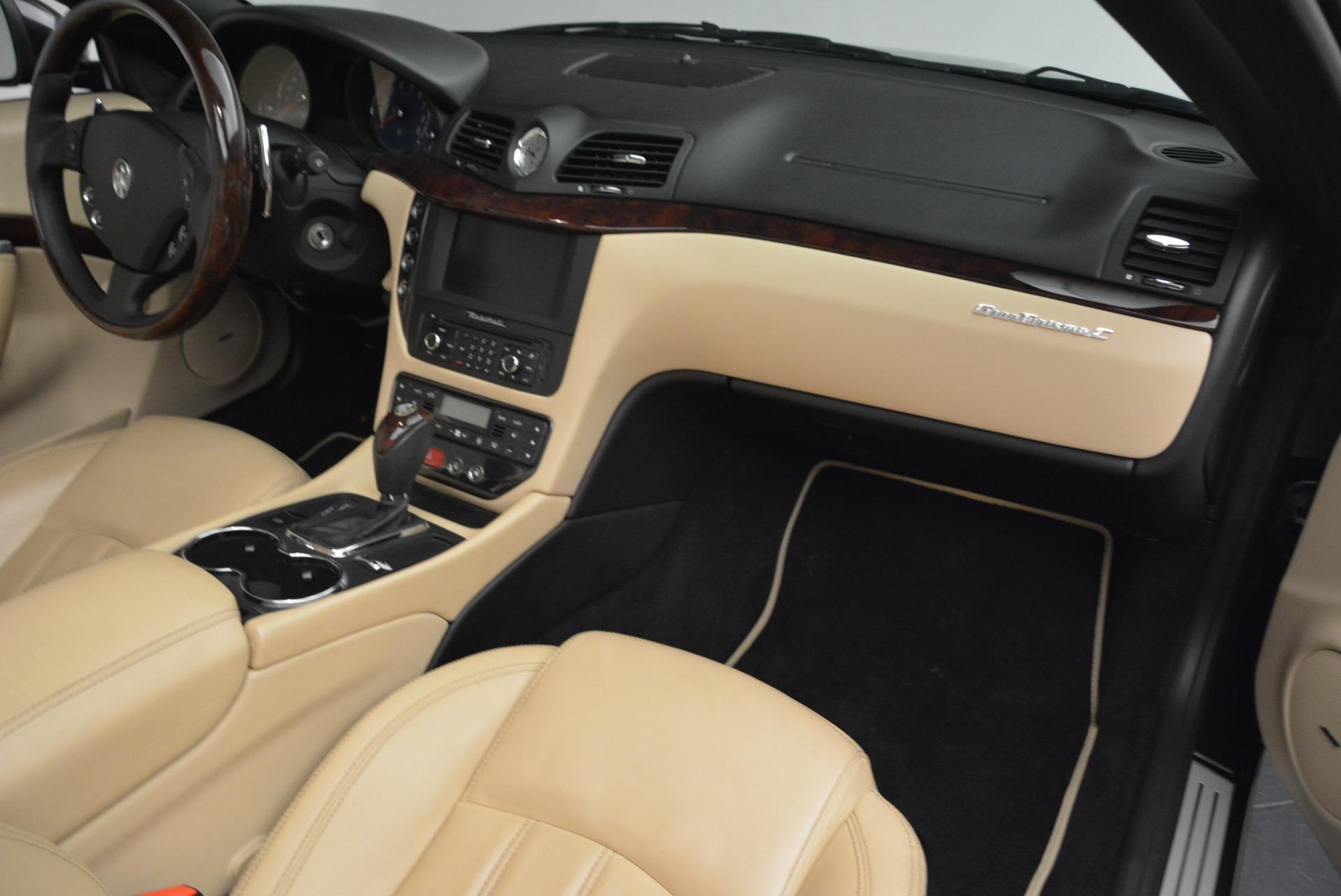 Used 2013 Maserati GranTurismo Convertible  For Sale In Greenwich, CT. Alfa Romeo of Greenwich, W566A 2050_p32