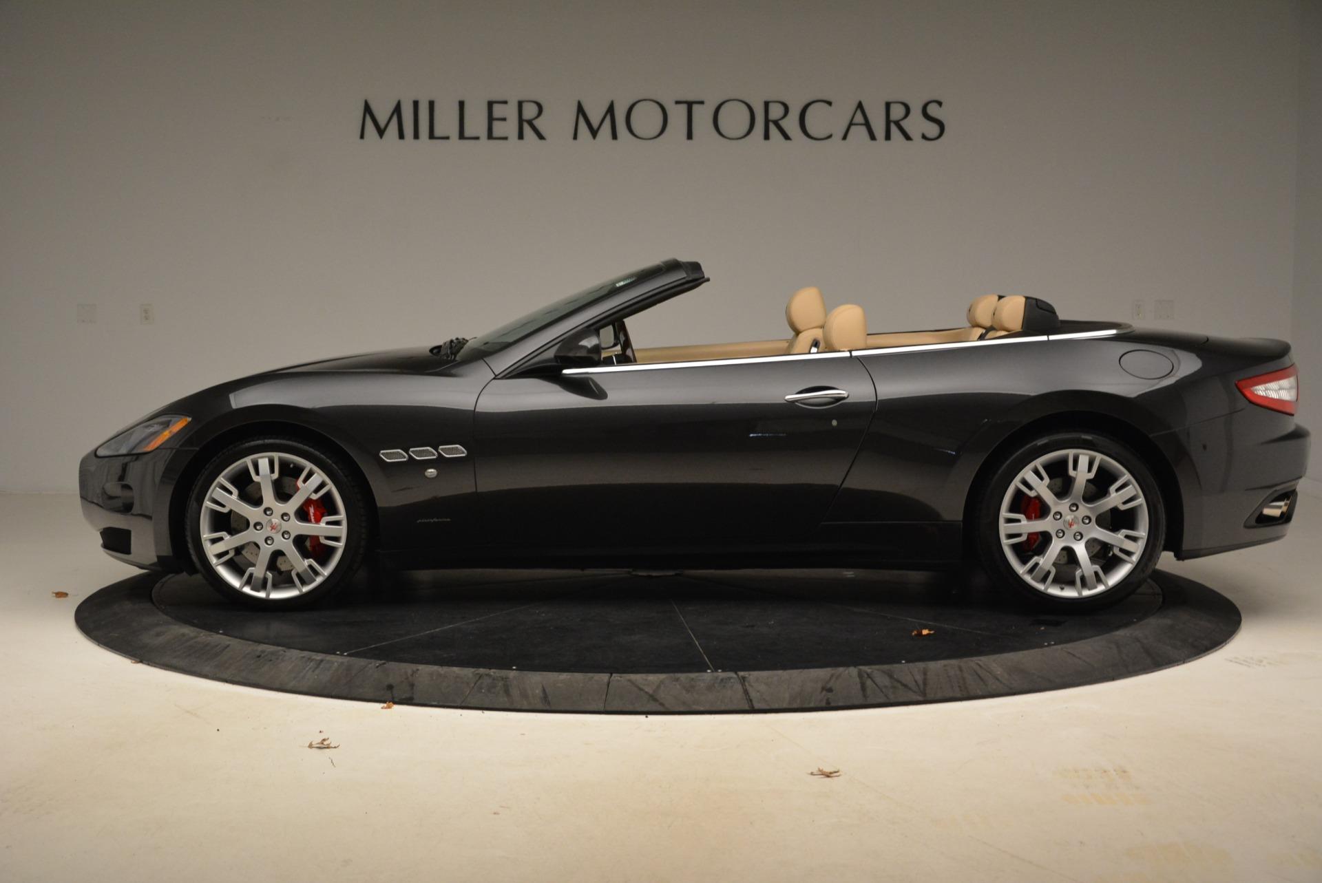 Used 2013 Maserati GranTurismo Convertible  For Sale In Greenwich, CT. Alfa Romeo of Greenwich, W566A 2050_p3