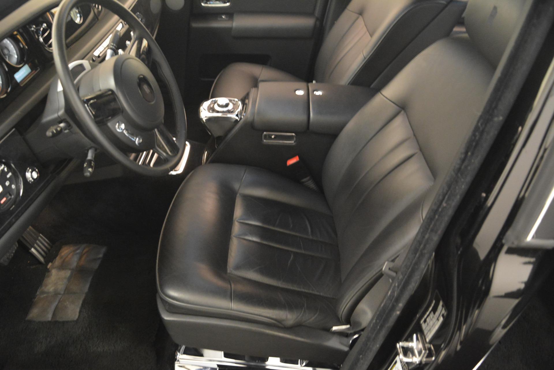 Used 2014 Rolls-Royce Phantom EWB For Sale In Greenwich, CT. Alfa Romeo of Greenwich, 7319 2051_p27