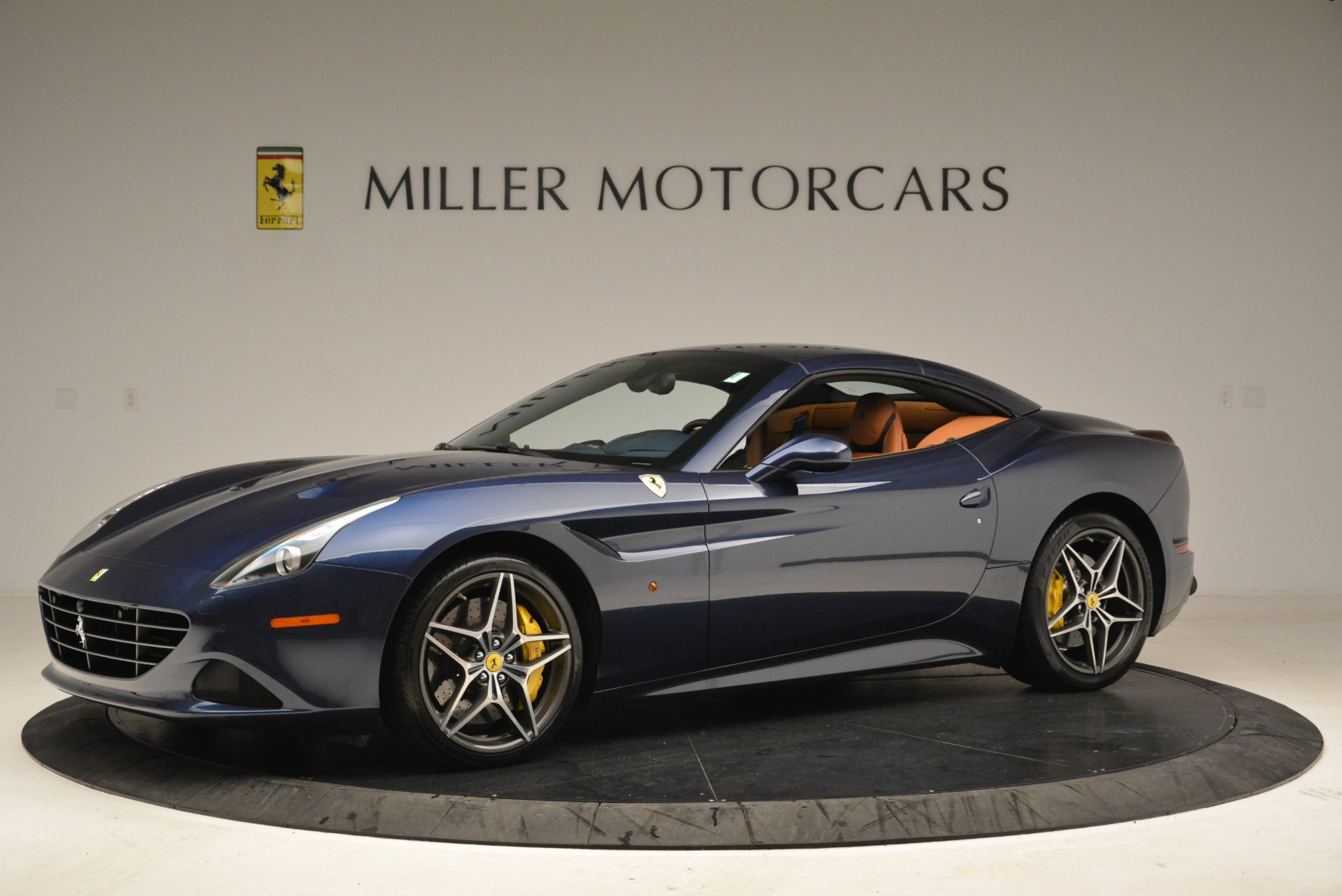 Used 2017 Ferrari California T Handling Speciale For Sale In Greenwich, CT. Alfa Romeo of Greenwich, F1851A 2052_p14