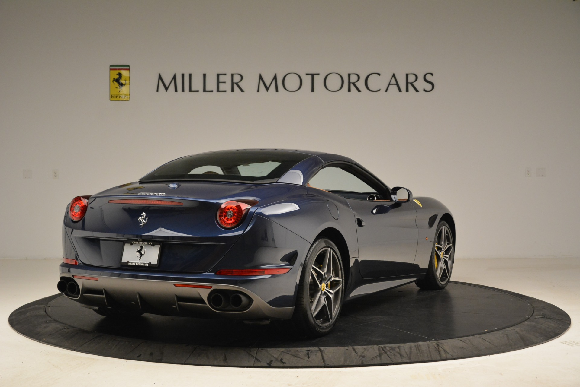Used 2017 Ferrari California T Handling Speciale For Sale In Greenwich, CT. Alfa Romeo of Greenwich, F1851A 2052_p19