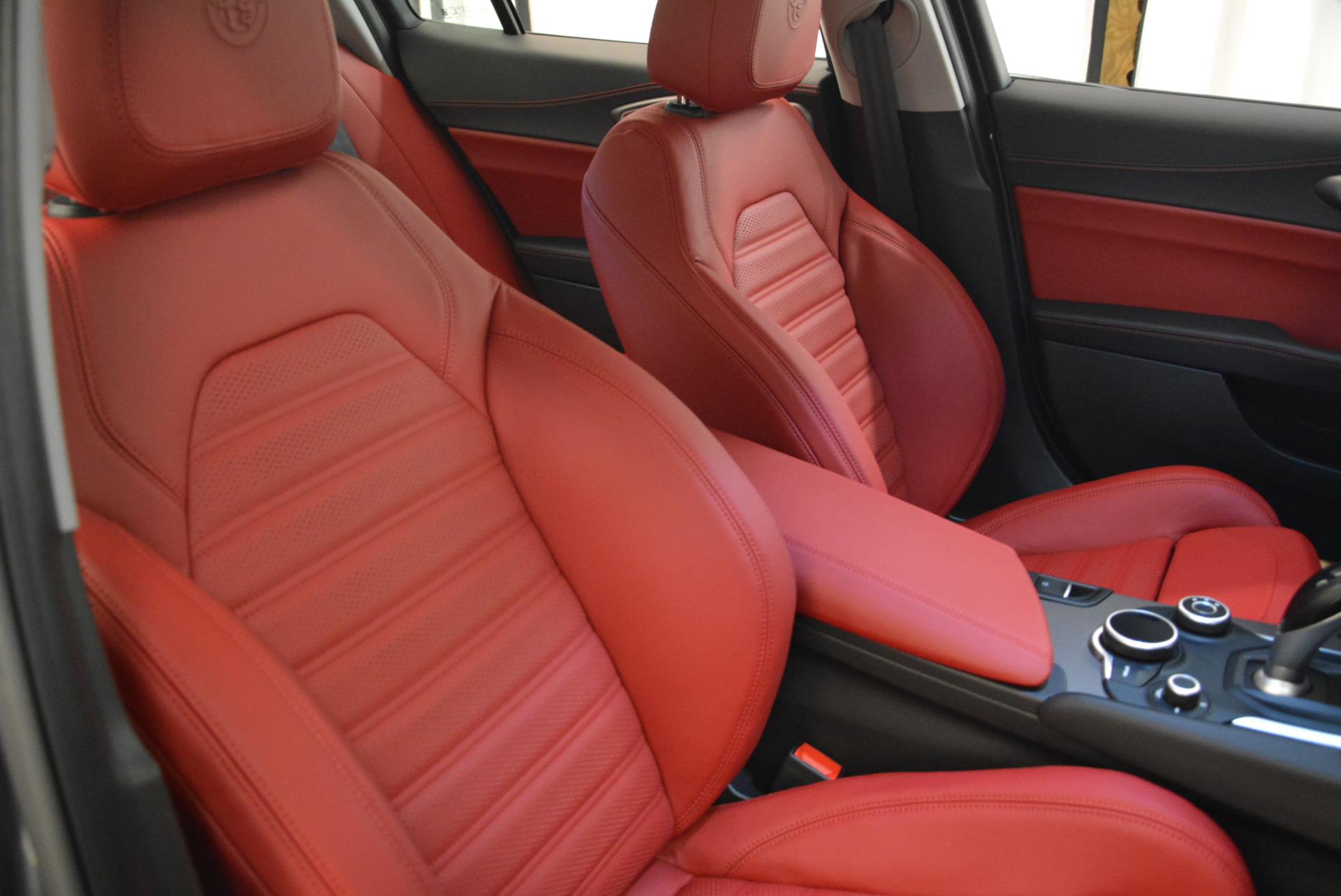 New 2018 Alfa Romeo Giulia Ti Sport Q4 For Sale In Greenwich, CT. Alfa Romeo of Greenwich, LW130 2060_p21